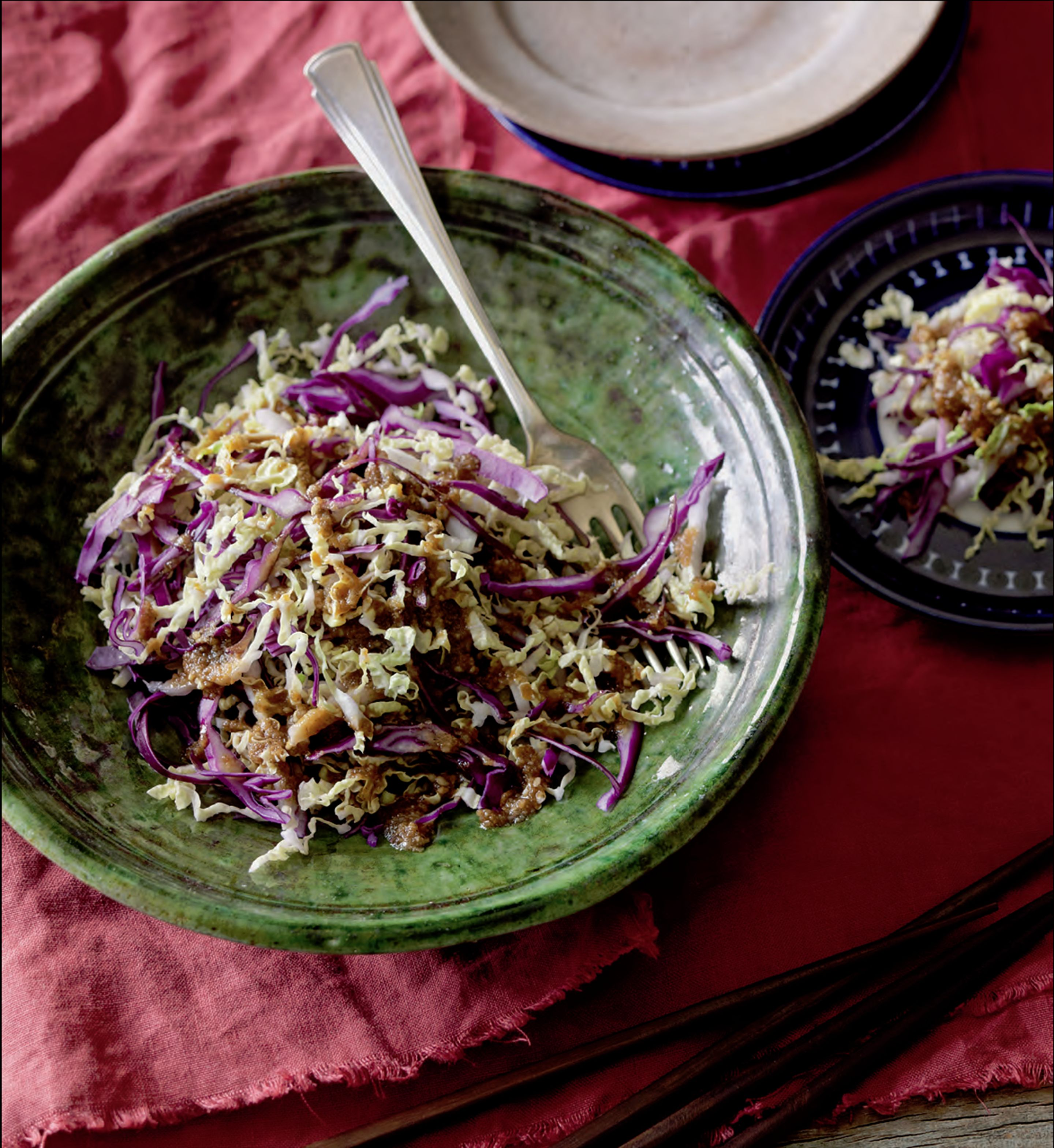 Cabbage salad with sesame dressing