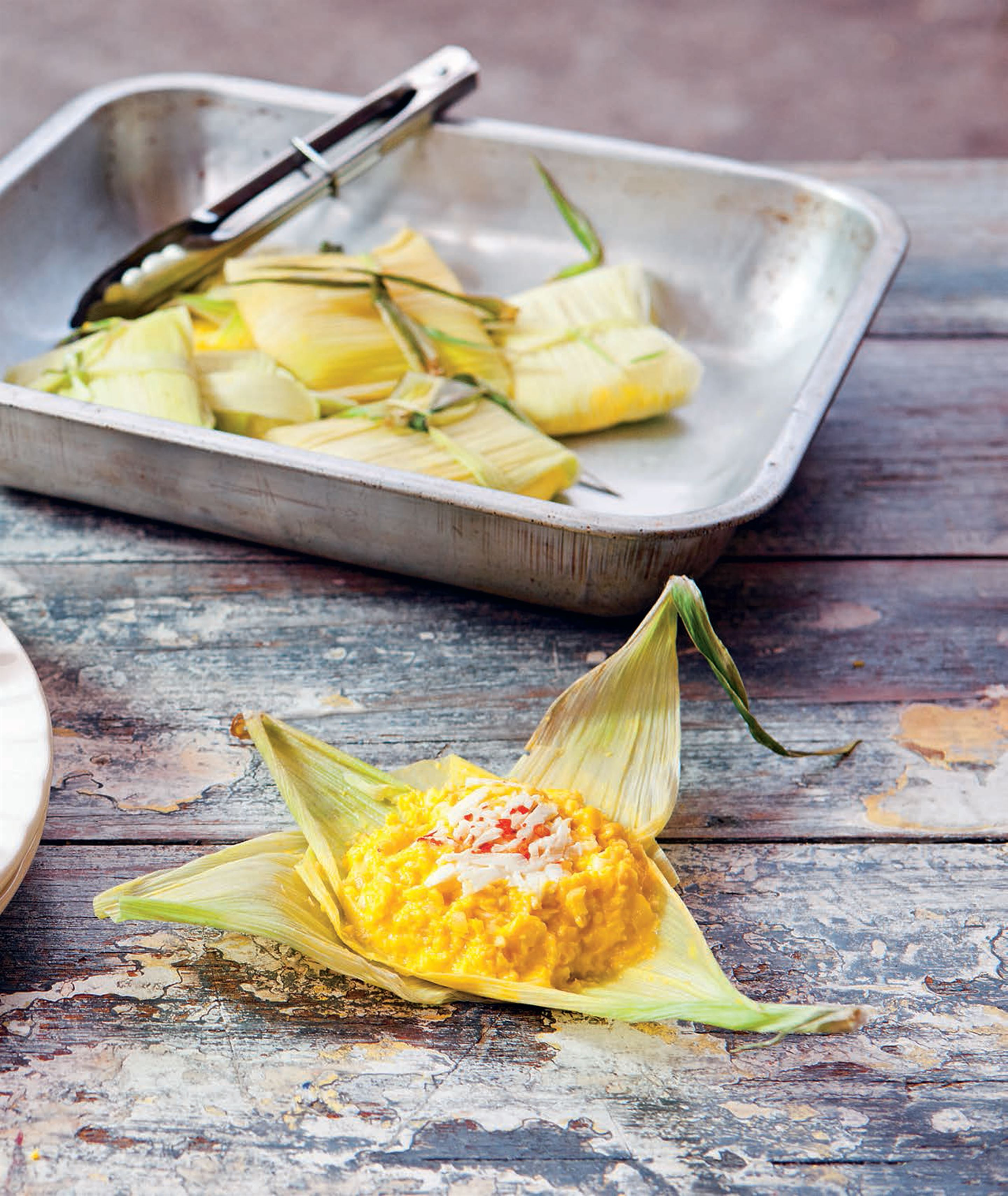 Steamed fresh corn parcels