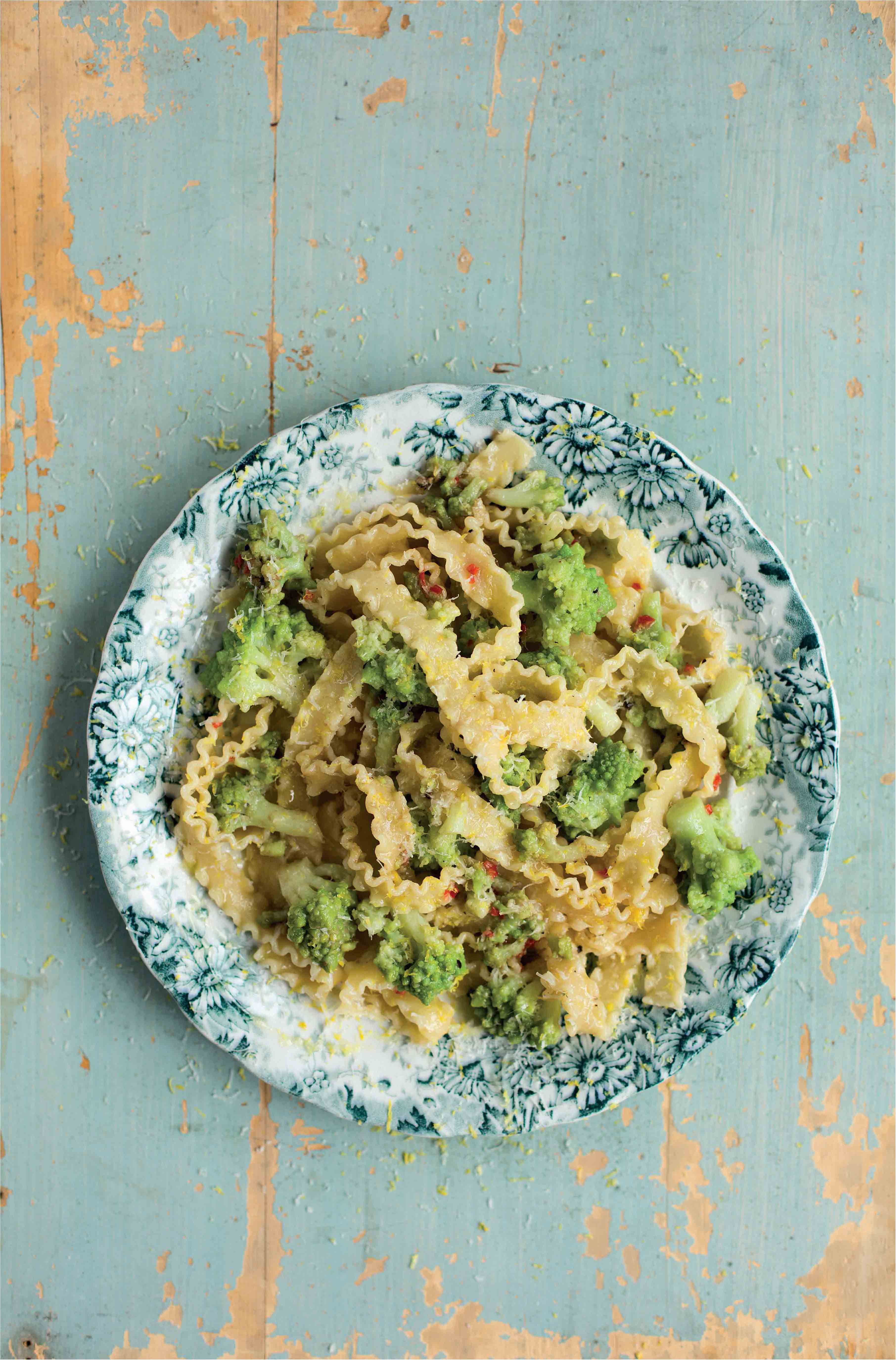 Pasta ribbons with romanesco and anchovy sauce