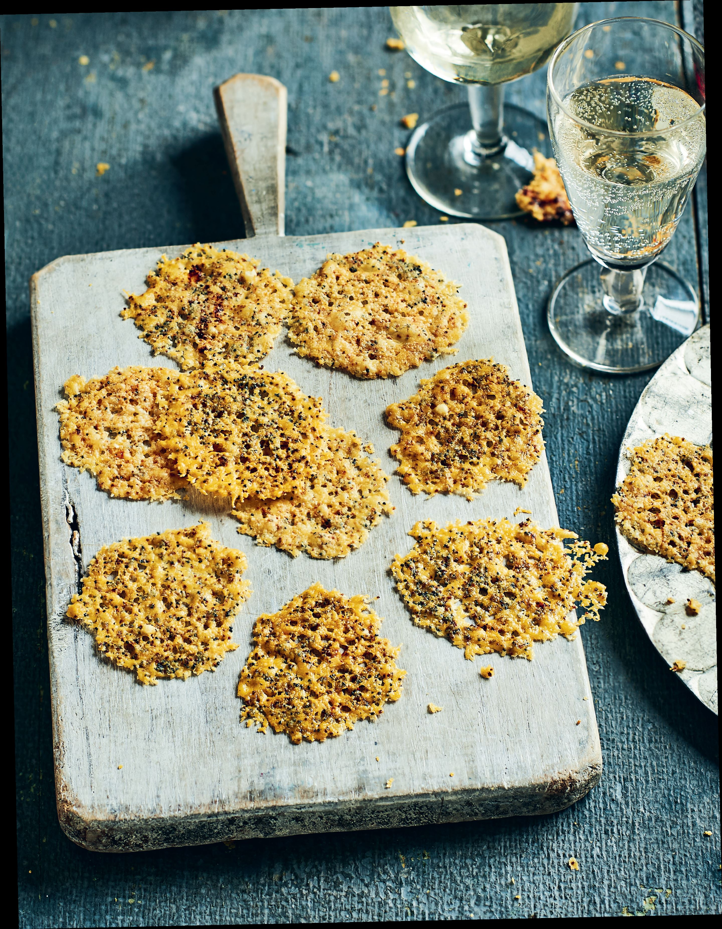 Parmesan, garlic and poppy seed crackers