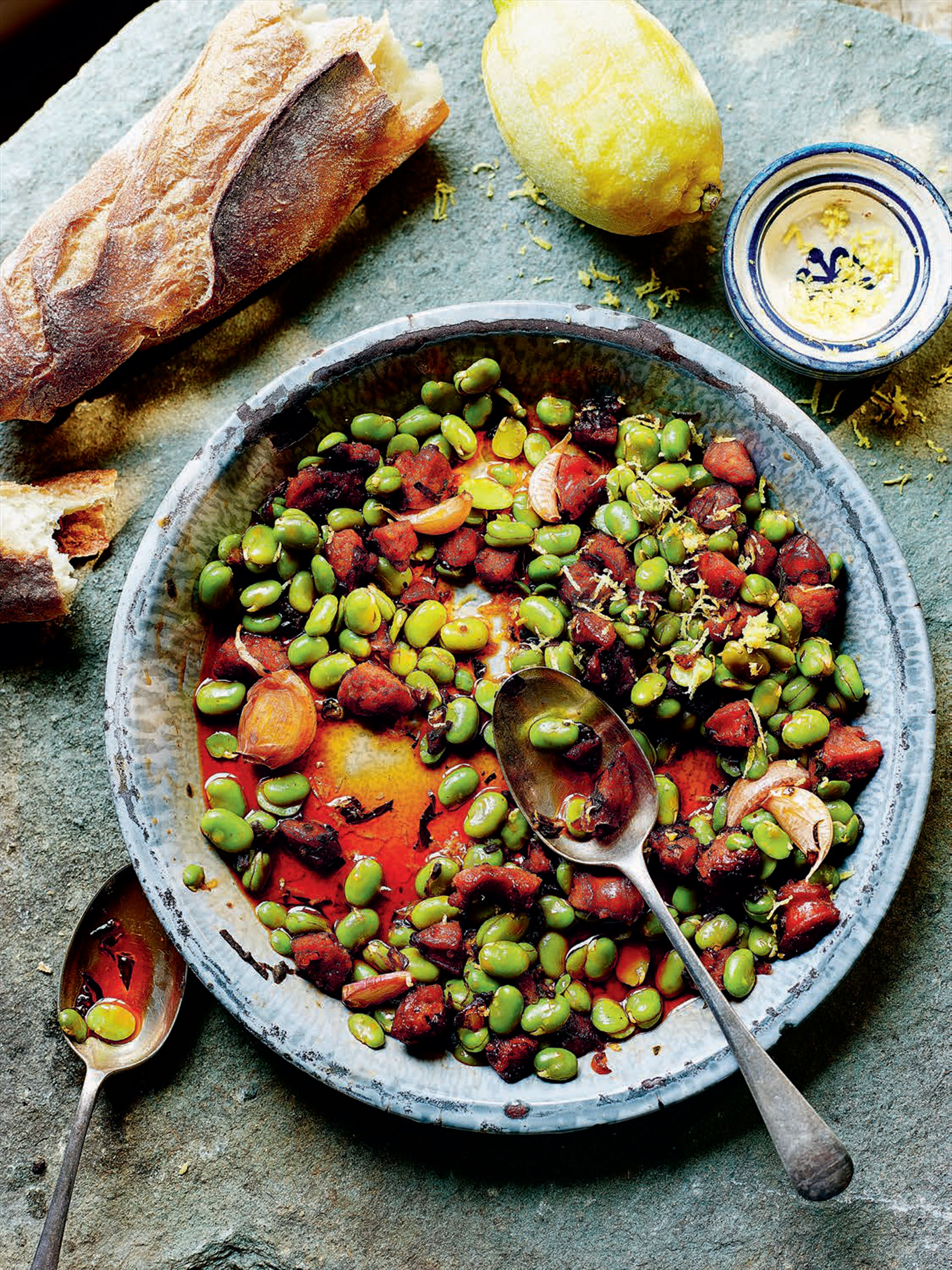 Broad beans with chorizo