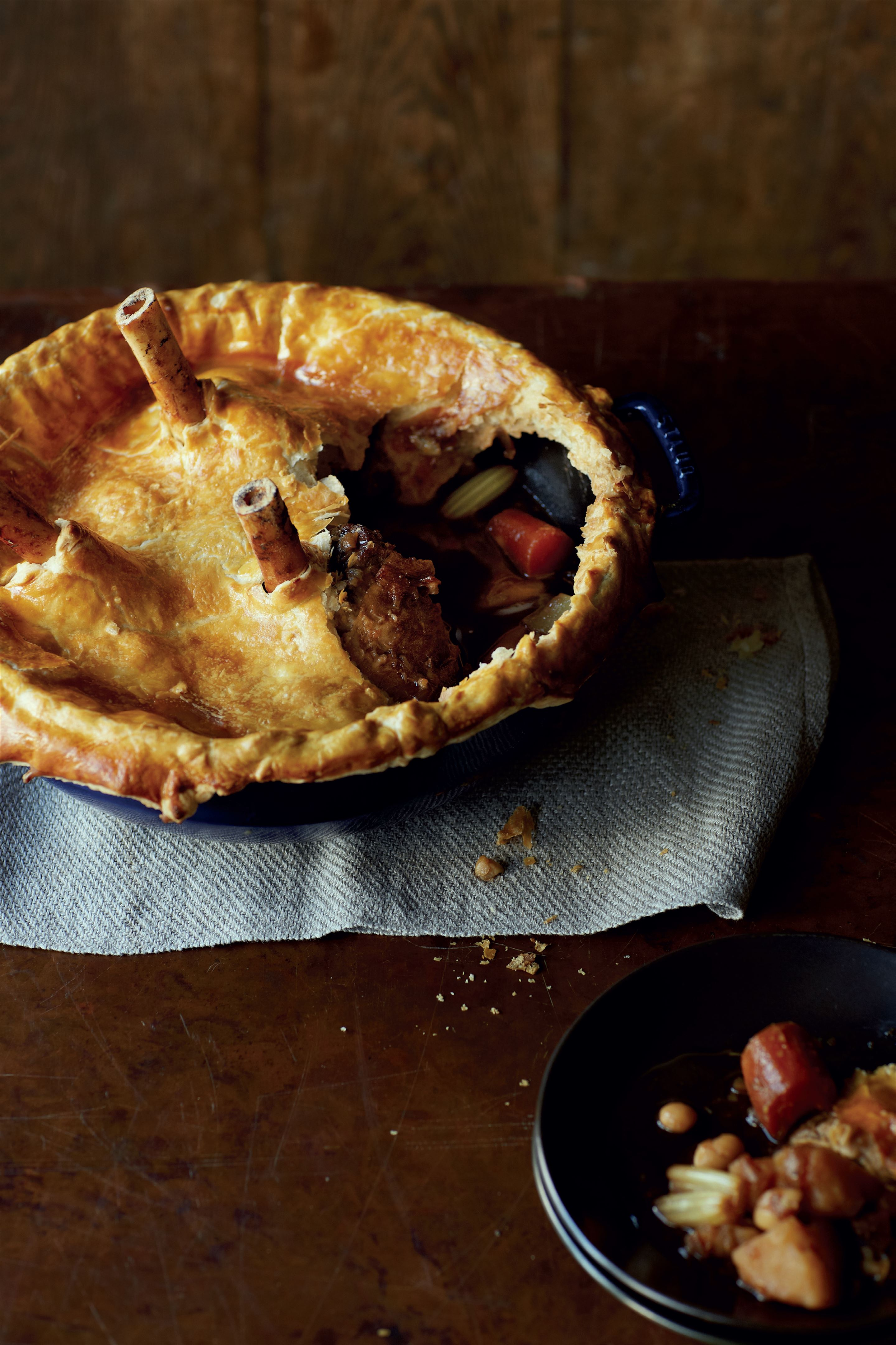 Lamb shanks pie