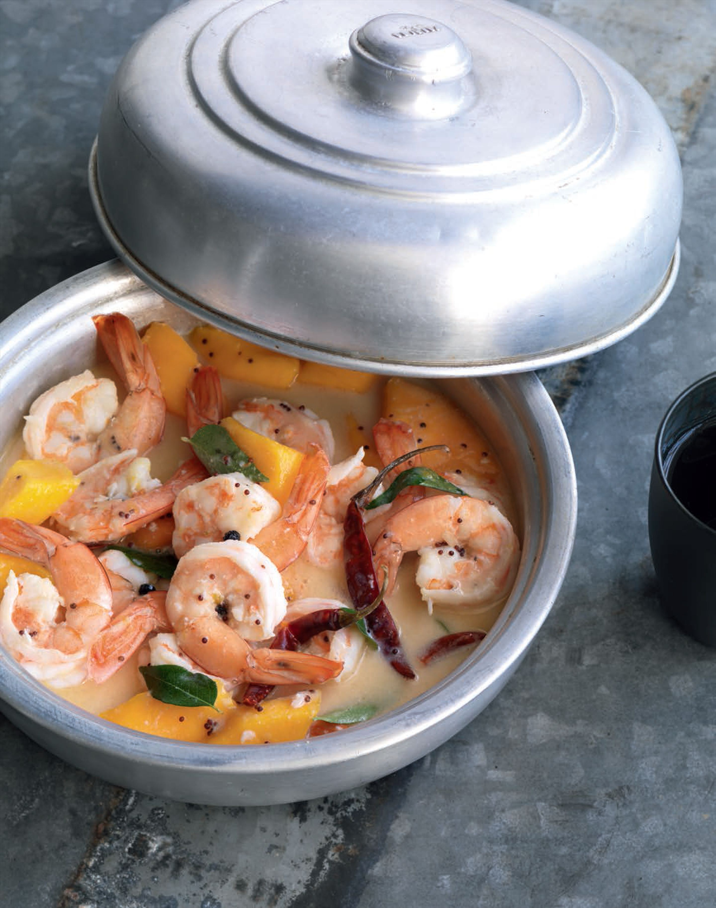 Prawn, mango and coconut curry