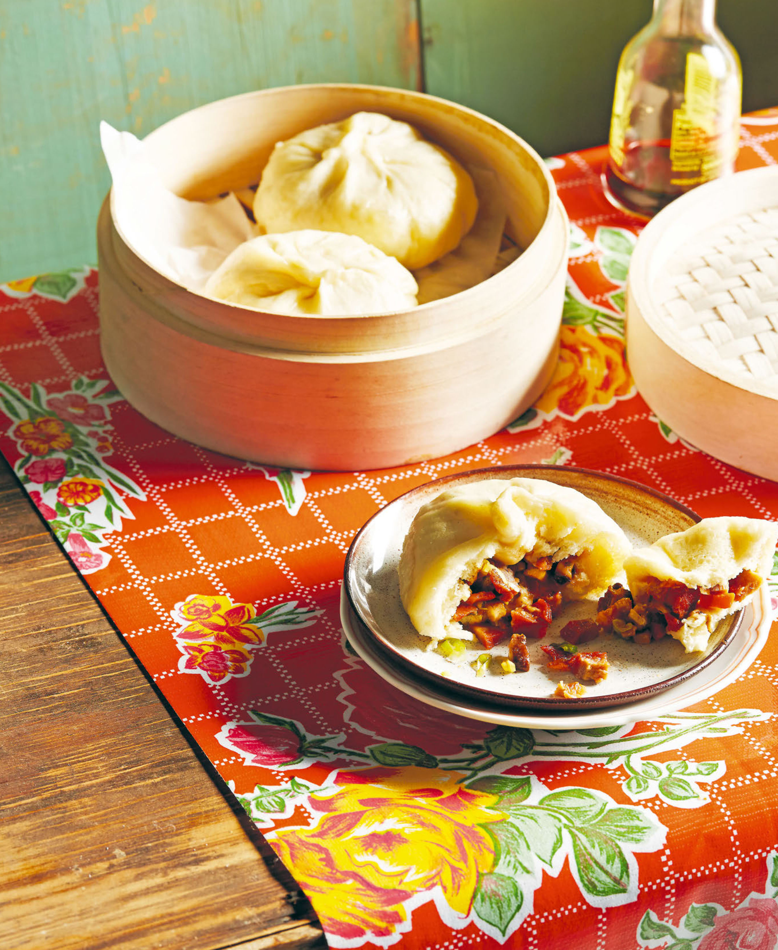 Steamed roast pork buns