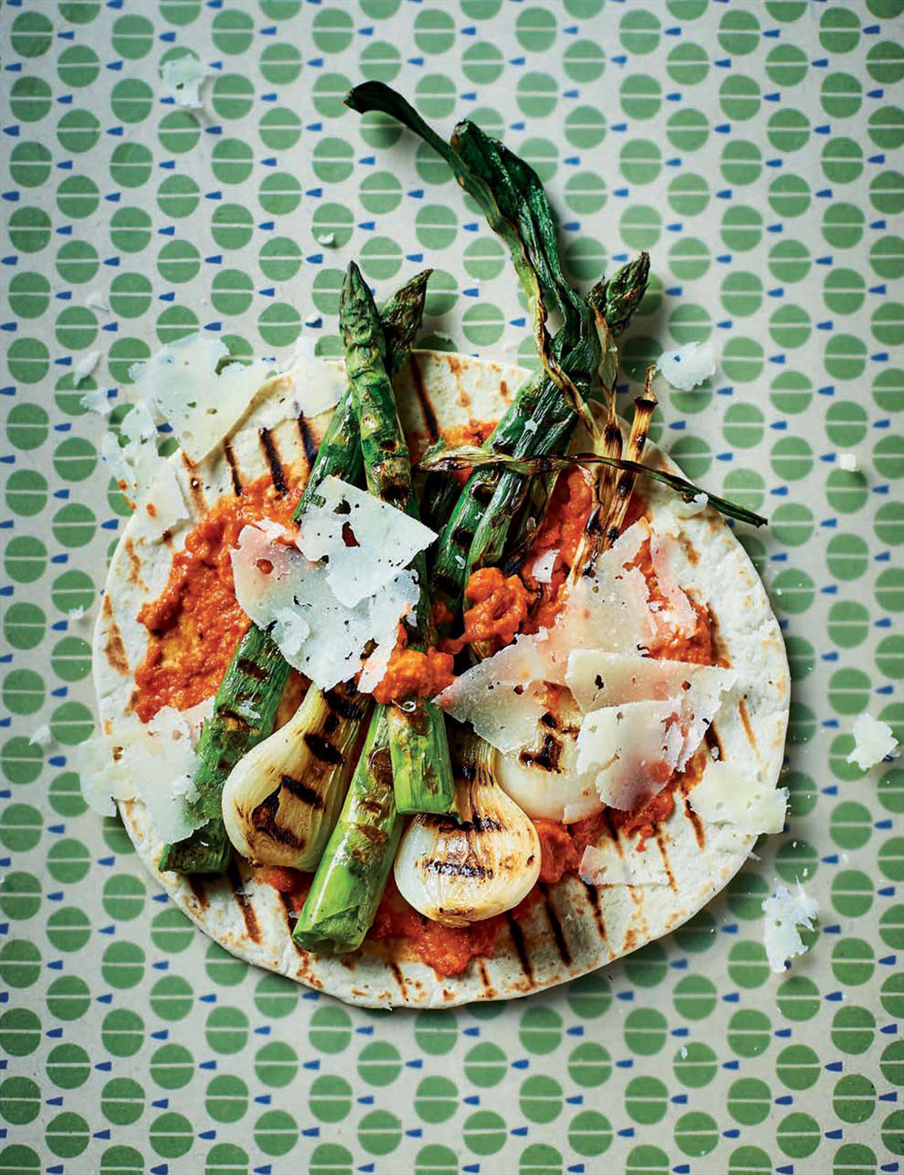 Asparagus, romesco & griddled spring onions