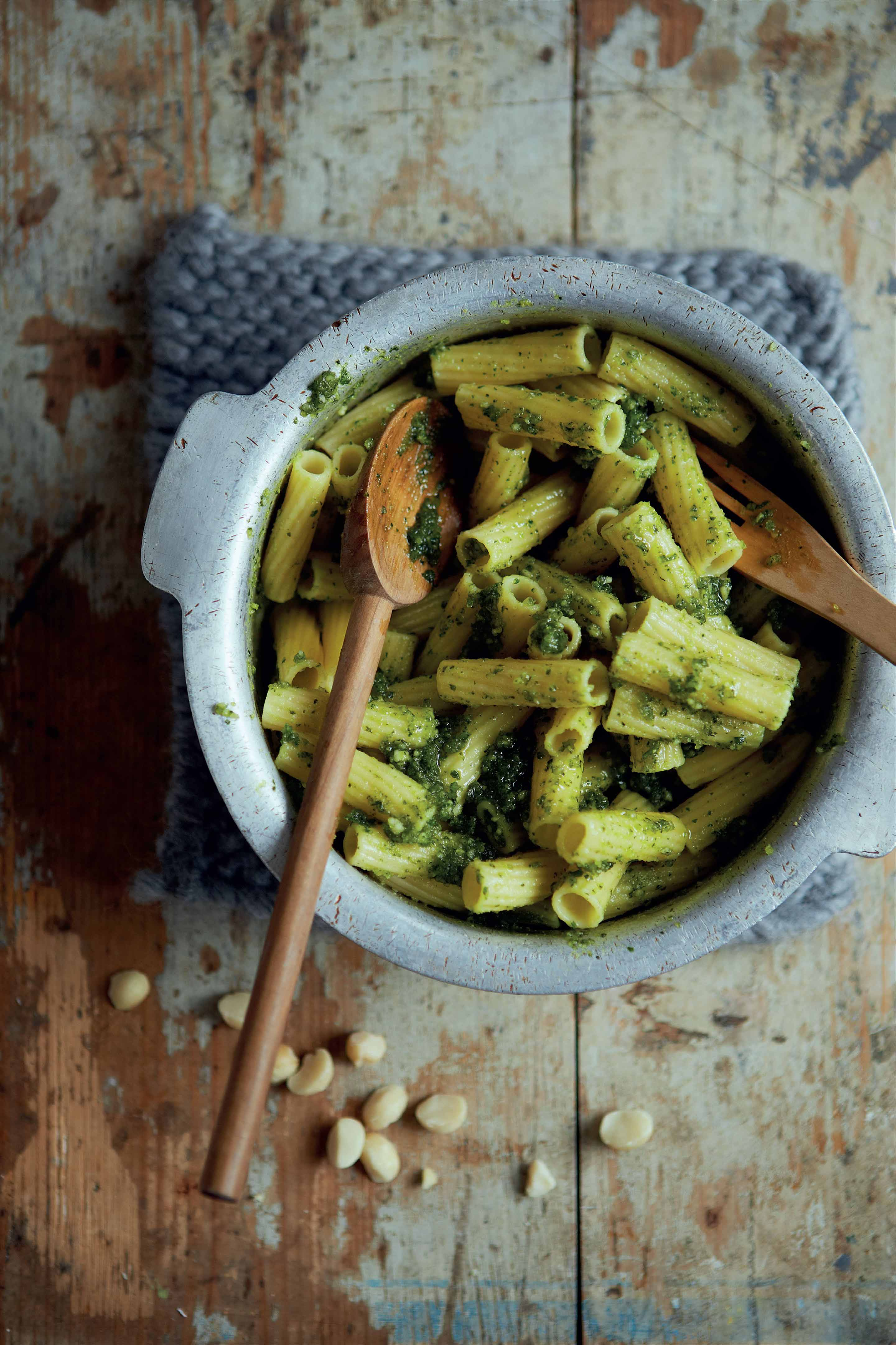 Macadamia pesto on wholegrain pasta