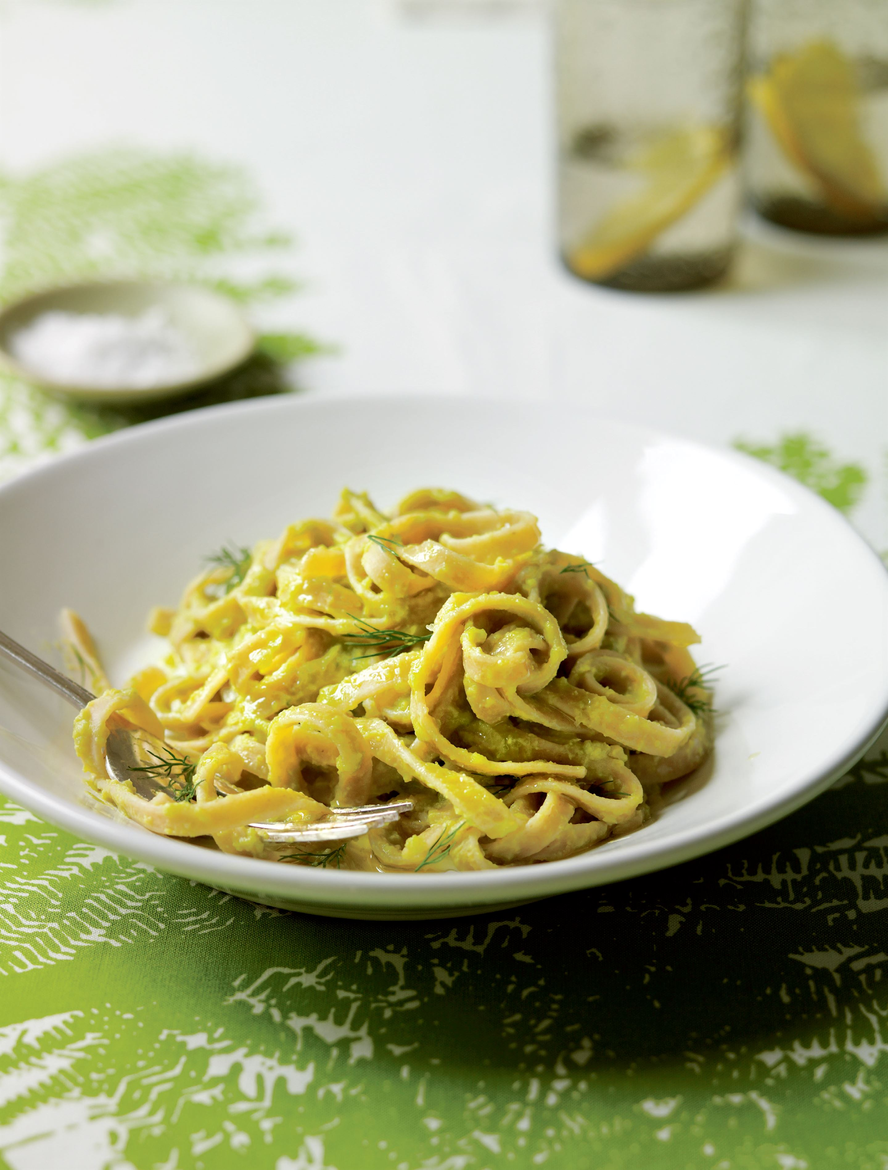 Lemon and lime linguini