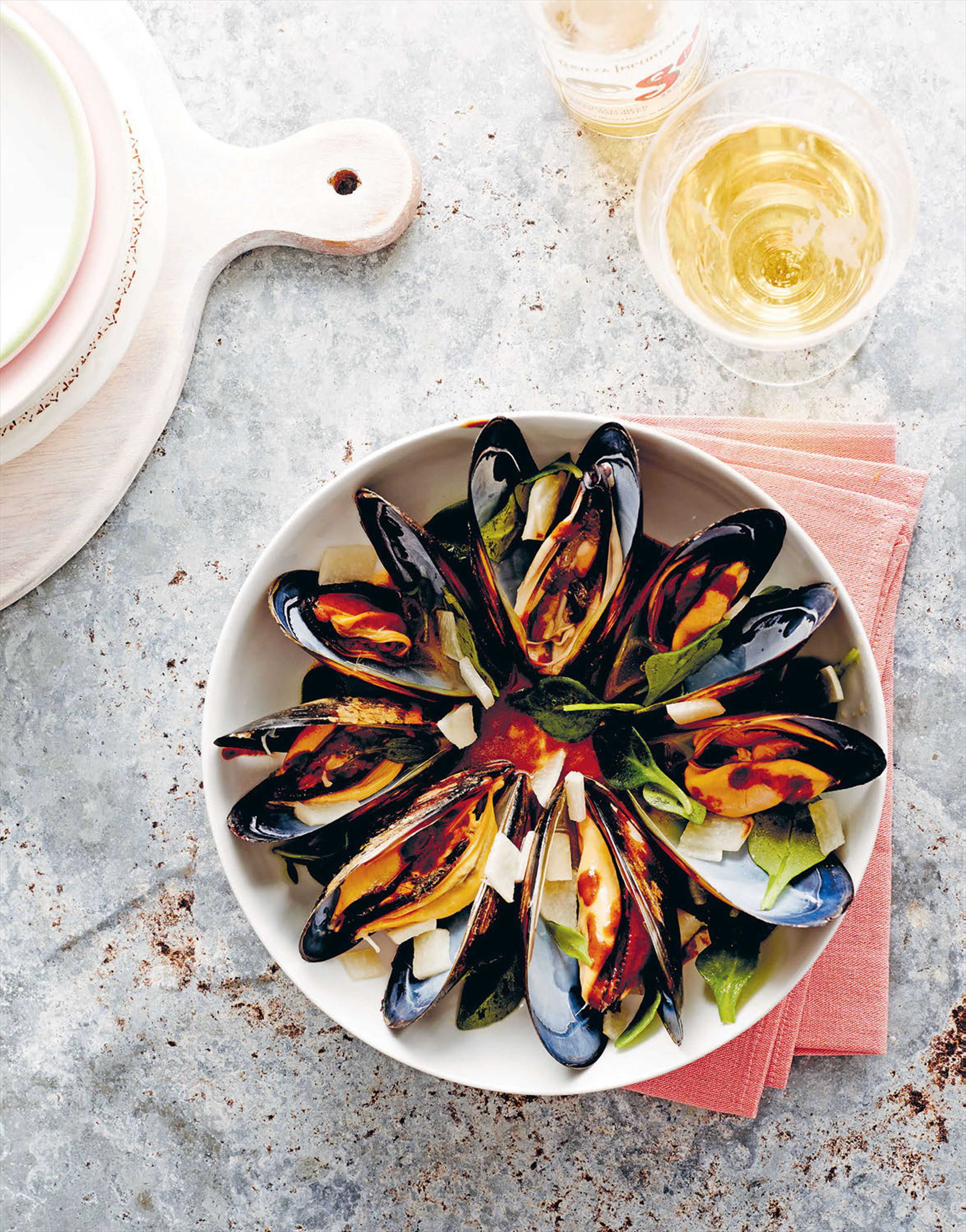 Spring bay mussels in cerveza negra & adobo sauce