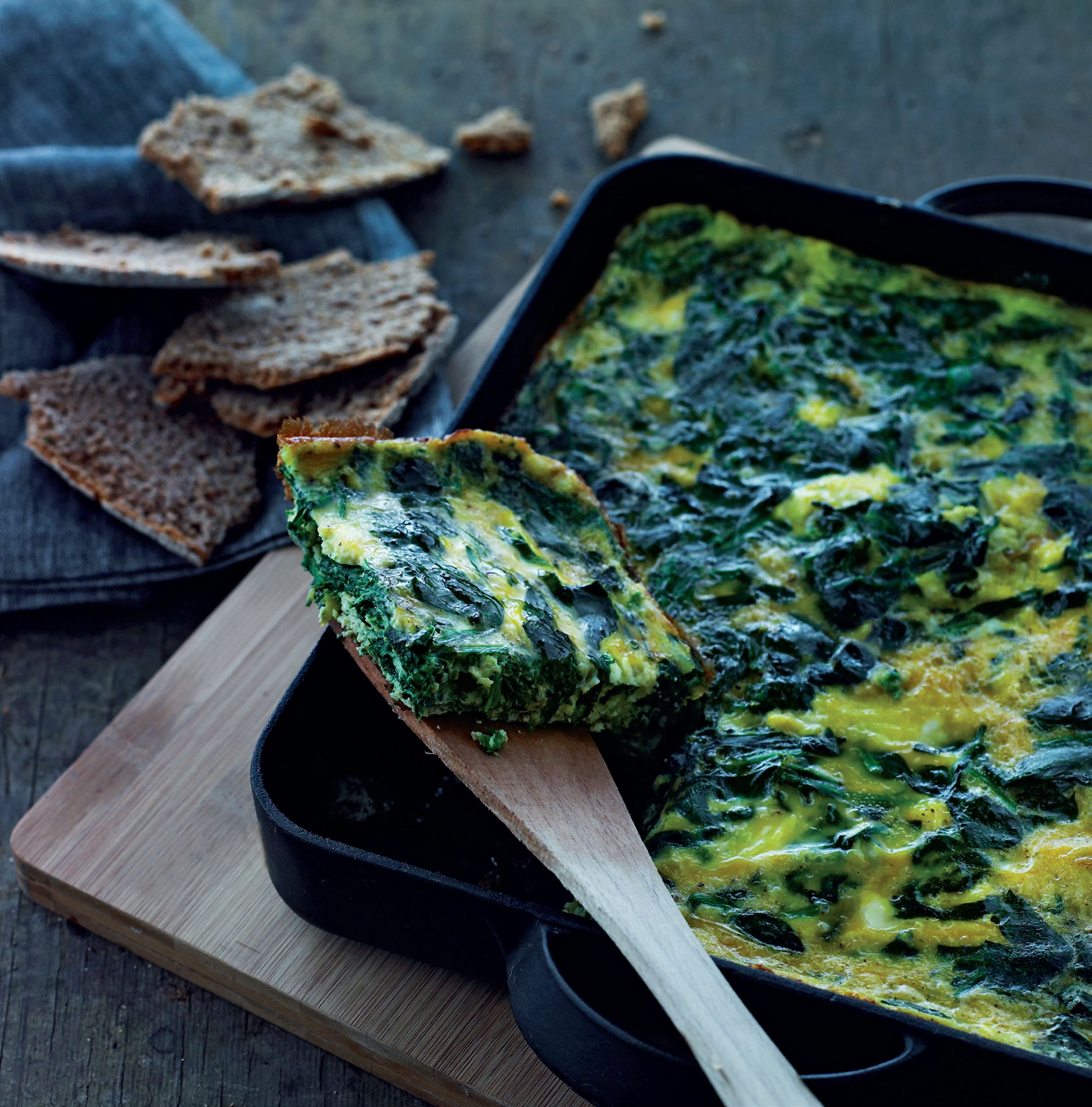 Baked omelette with spinach