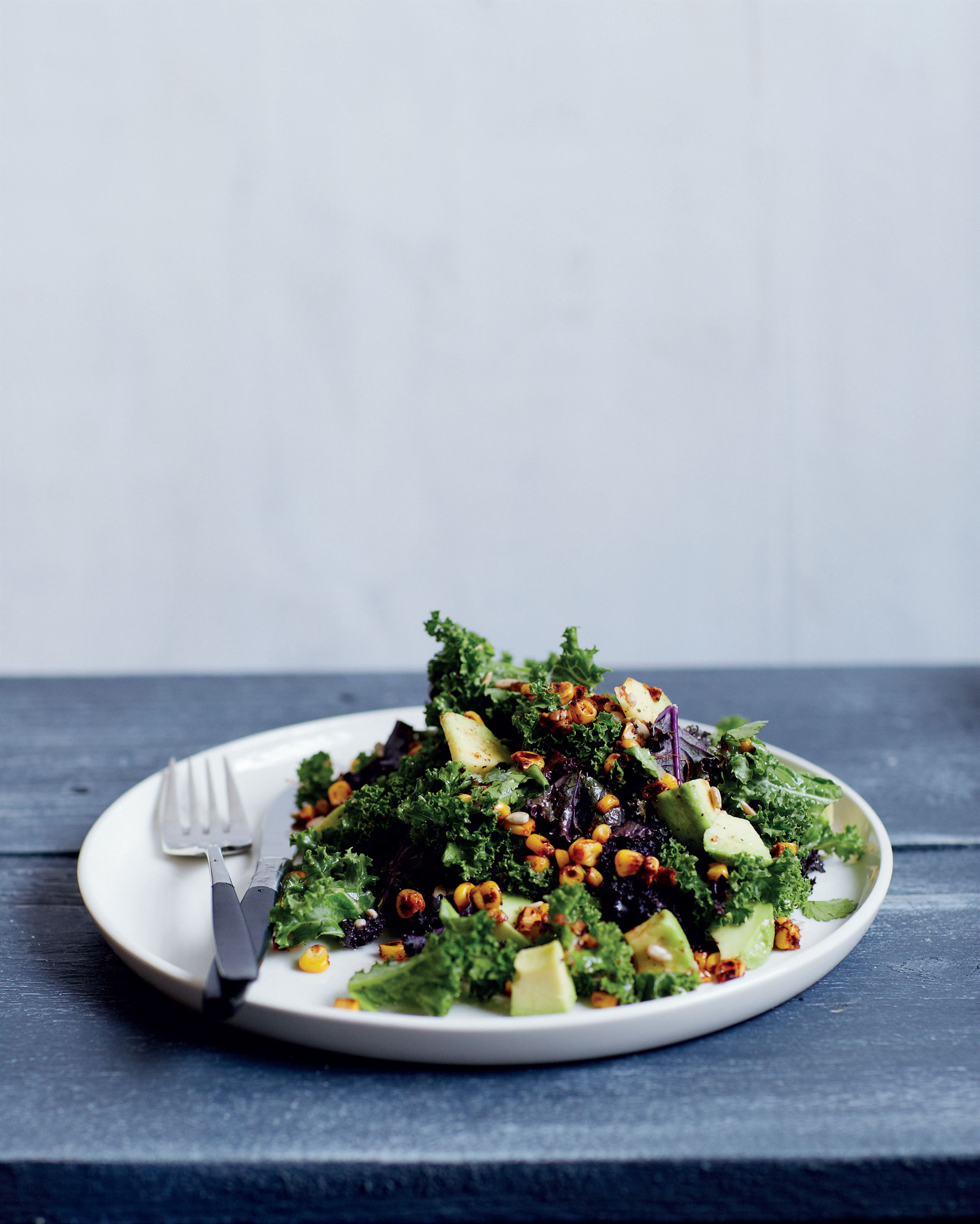 Burnt corn, kale and lime salad