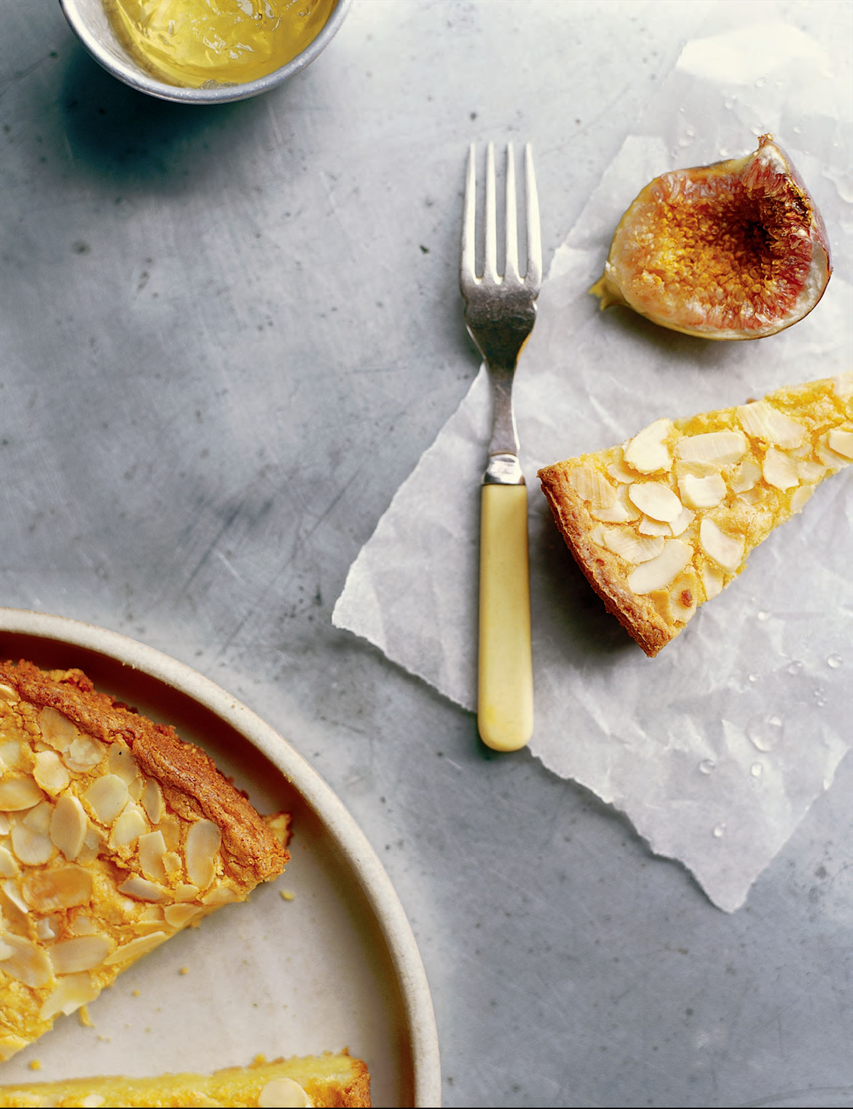 Almond cake with moscato jelly and amaretto figs