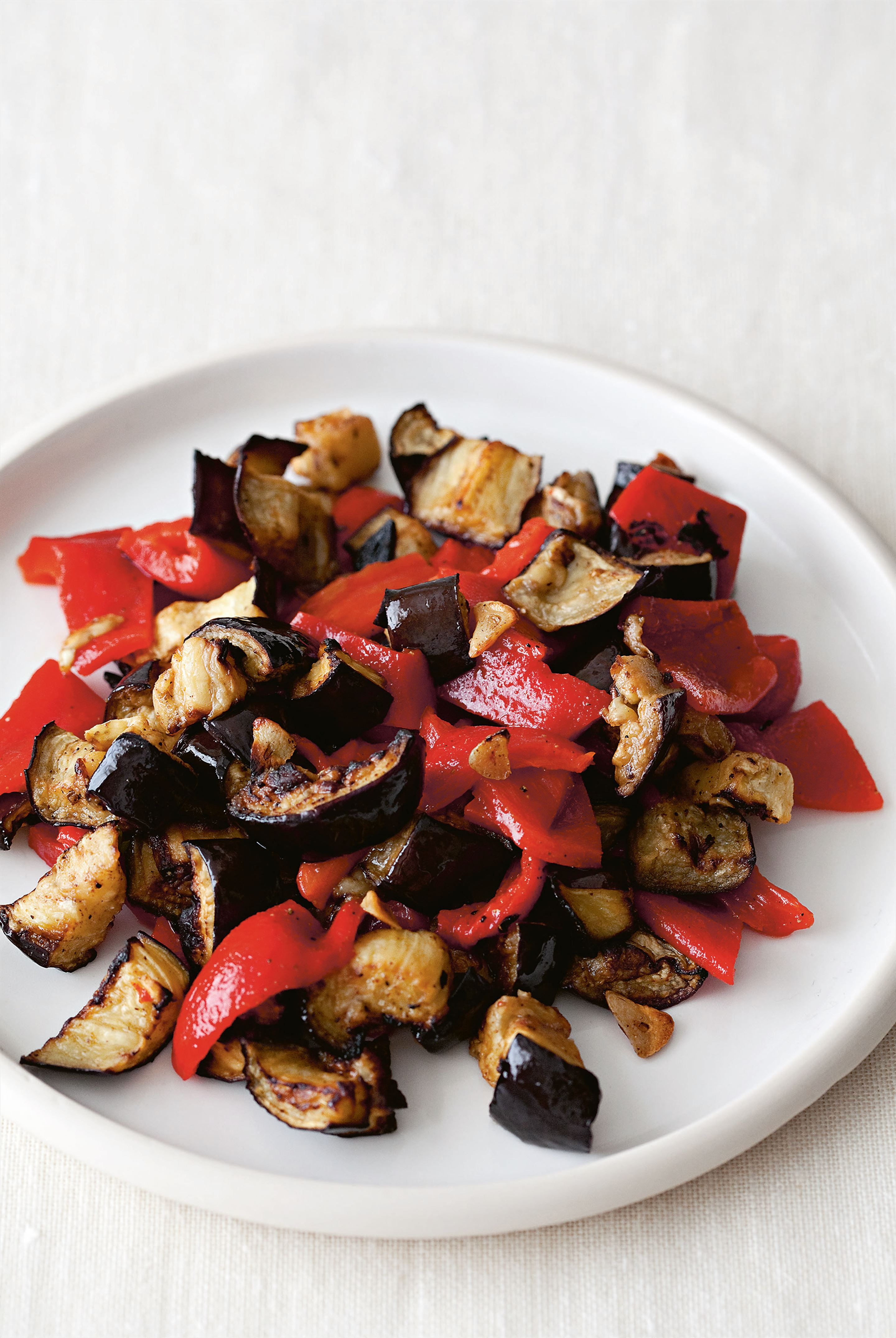 Aubergine & sweet pepper salad
