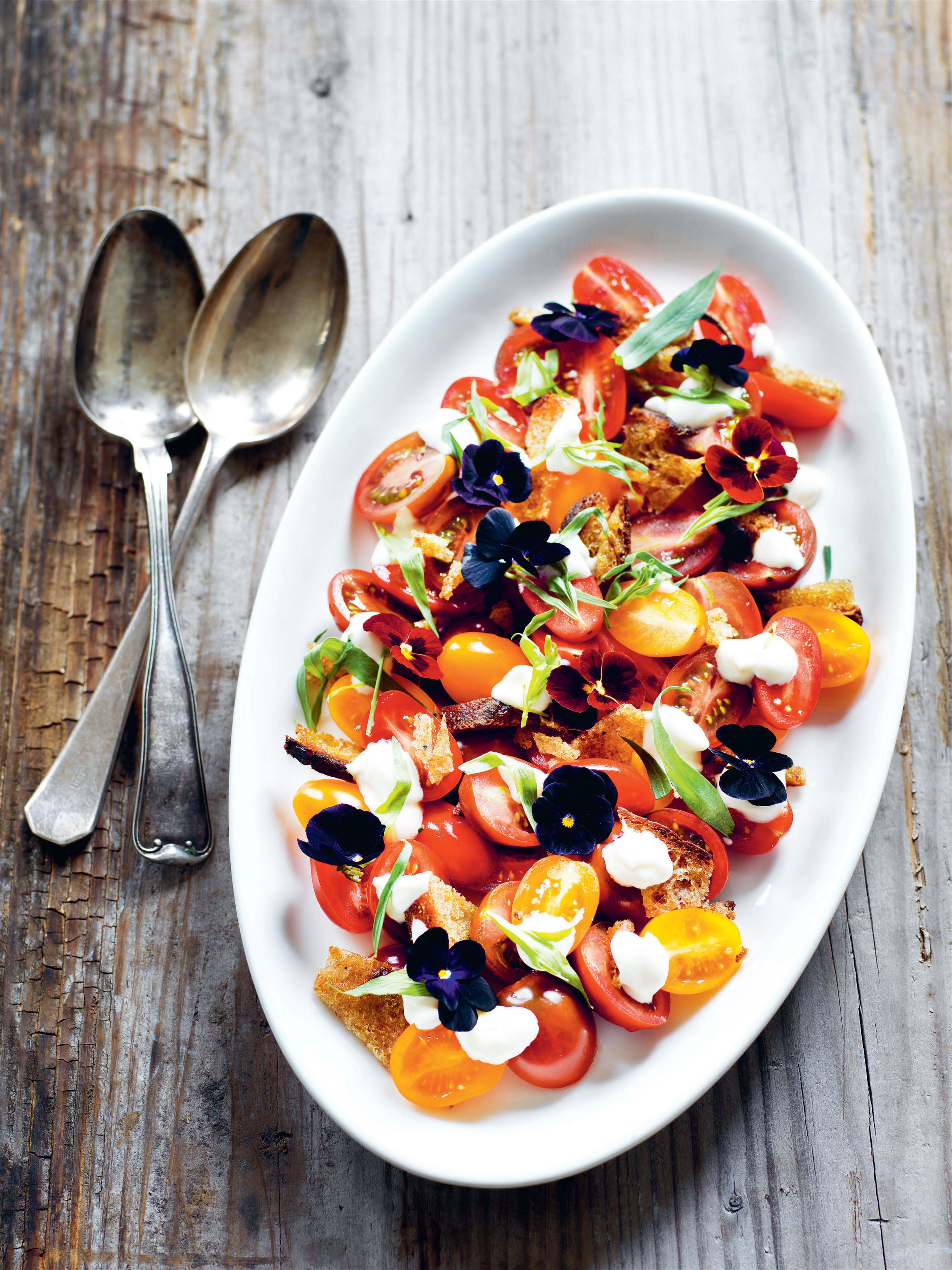 Tomatoes with goat cheese dressing