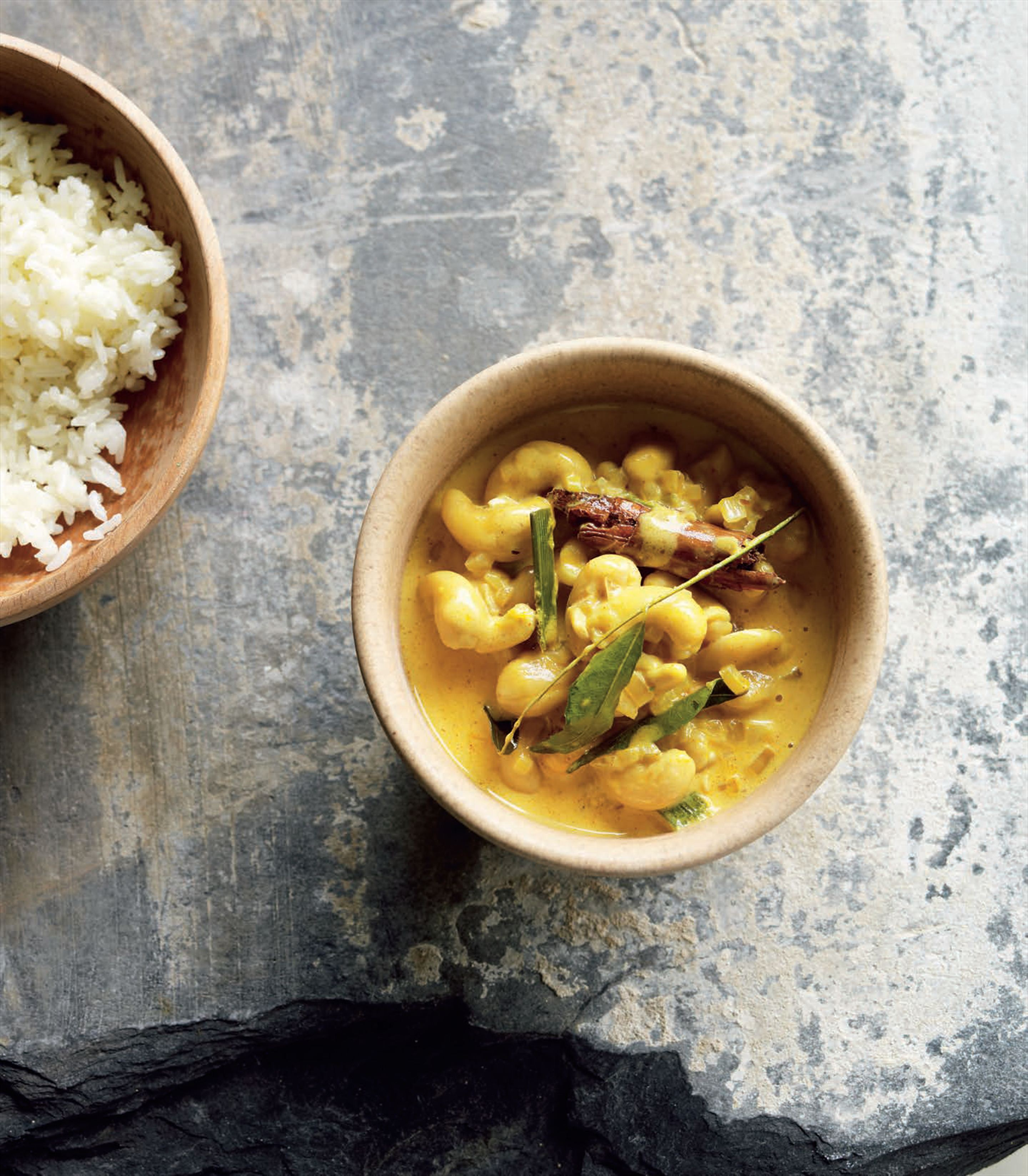Cashew nut curry