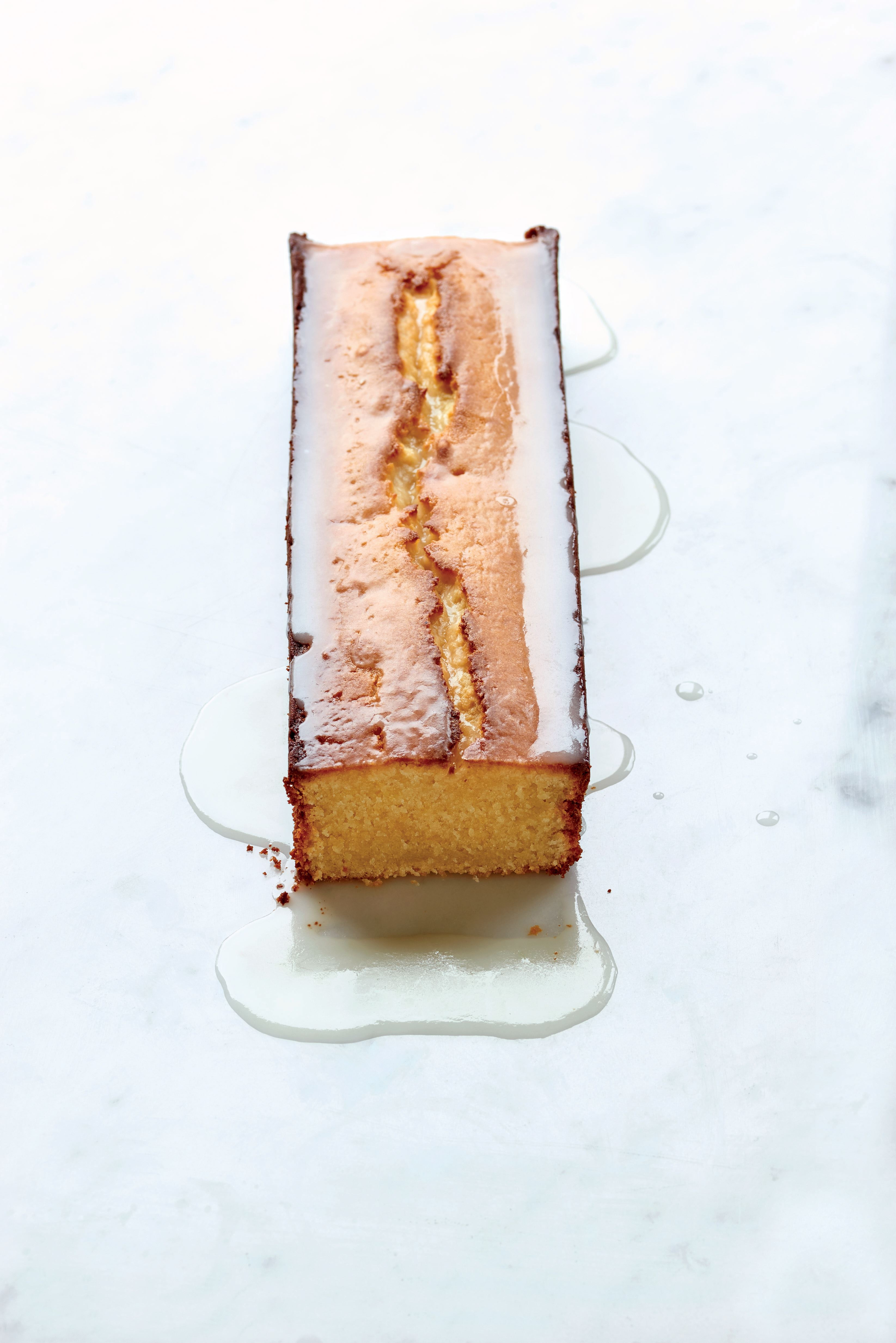 Classic French lemon cake