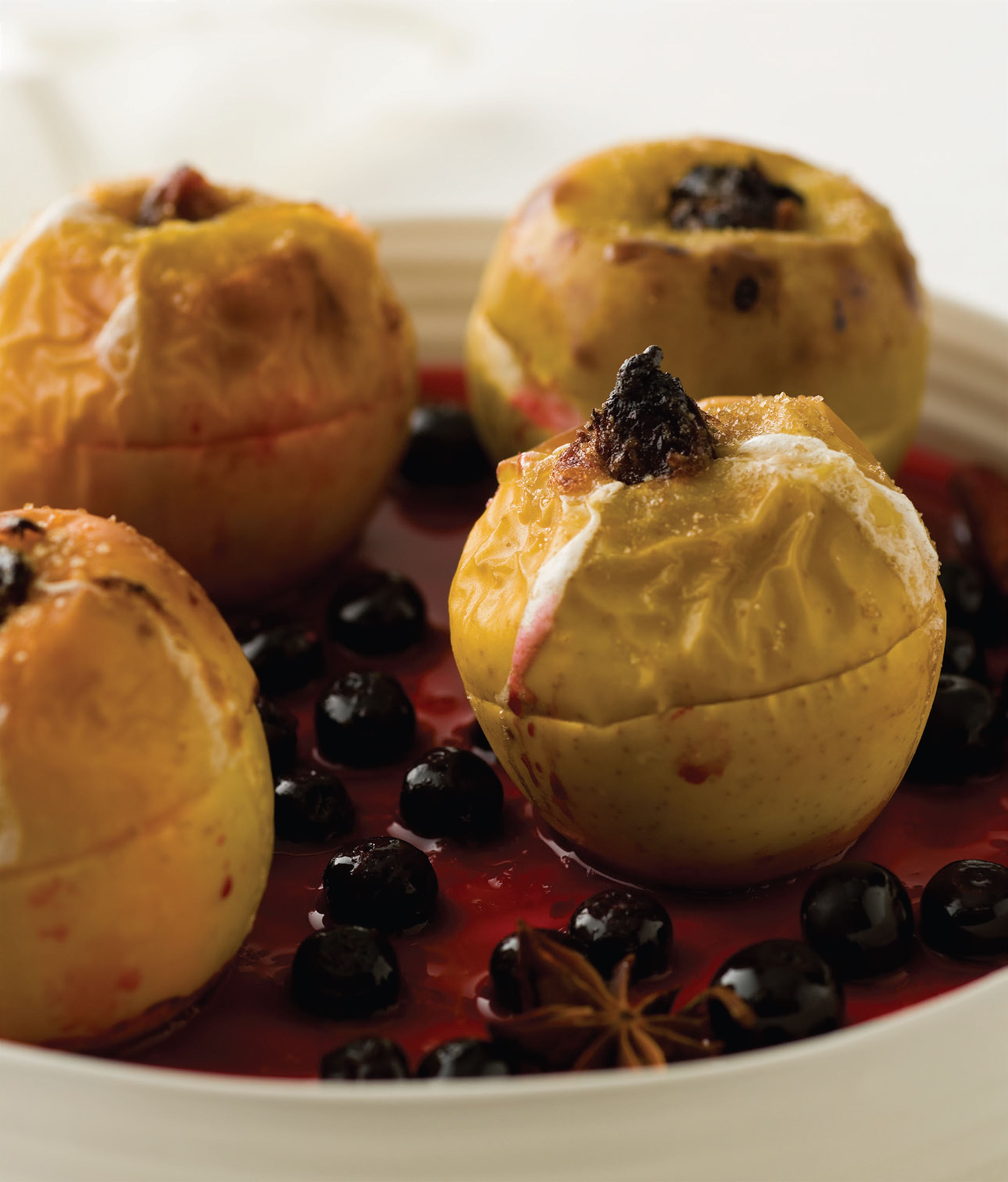Baked apples with blueberry compote