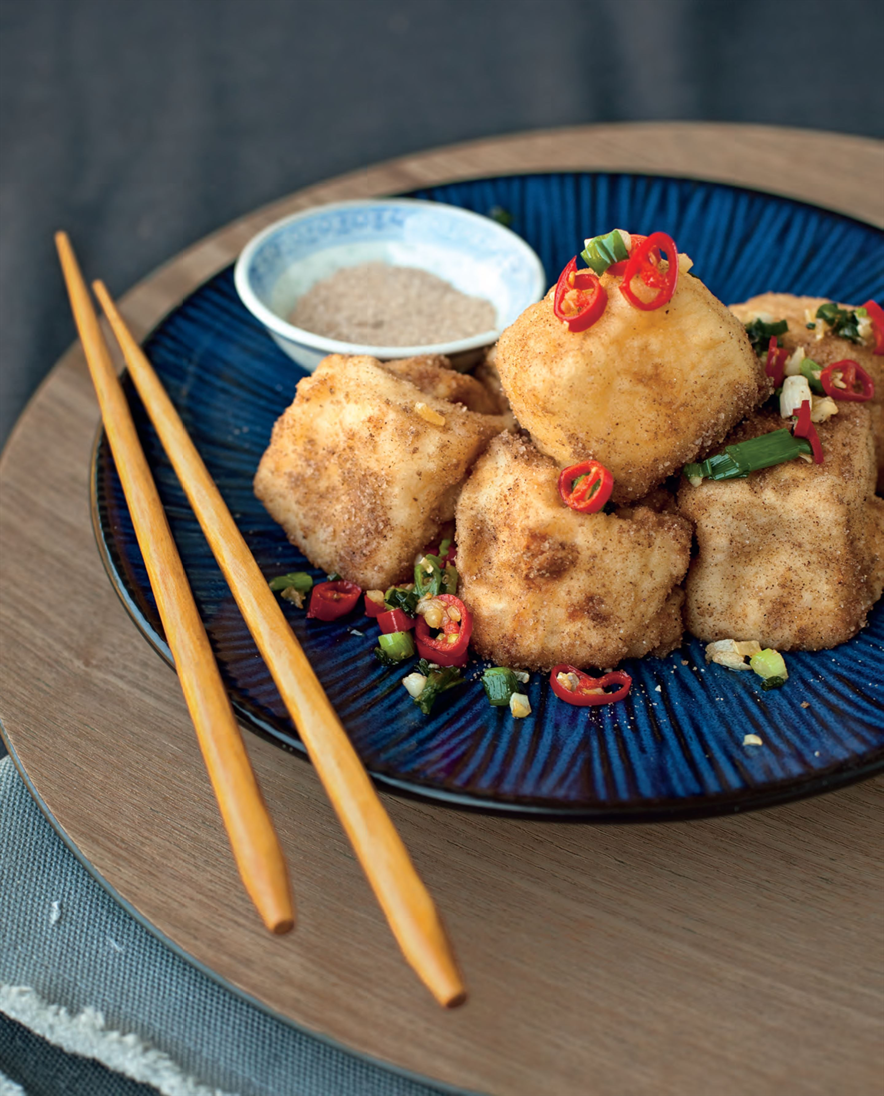 Deep-fried salt and pepper tofu