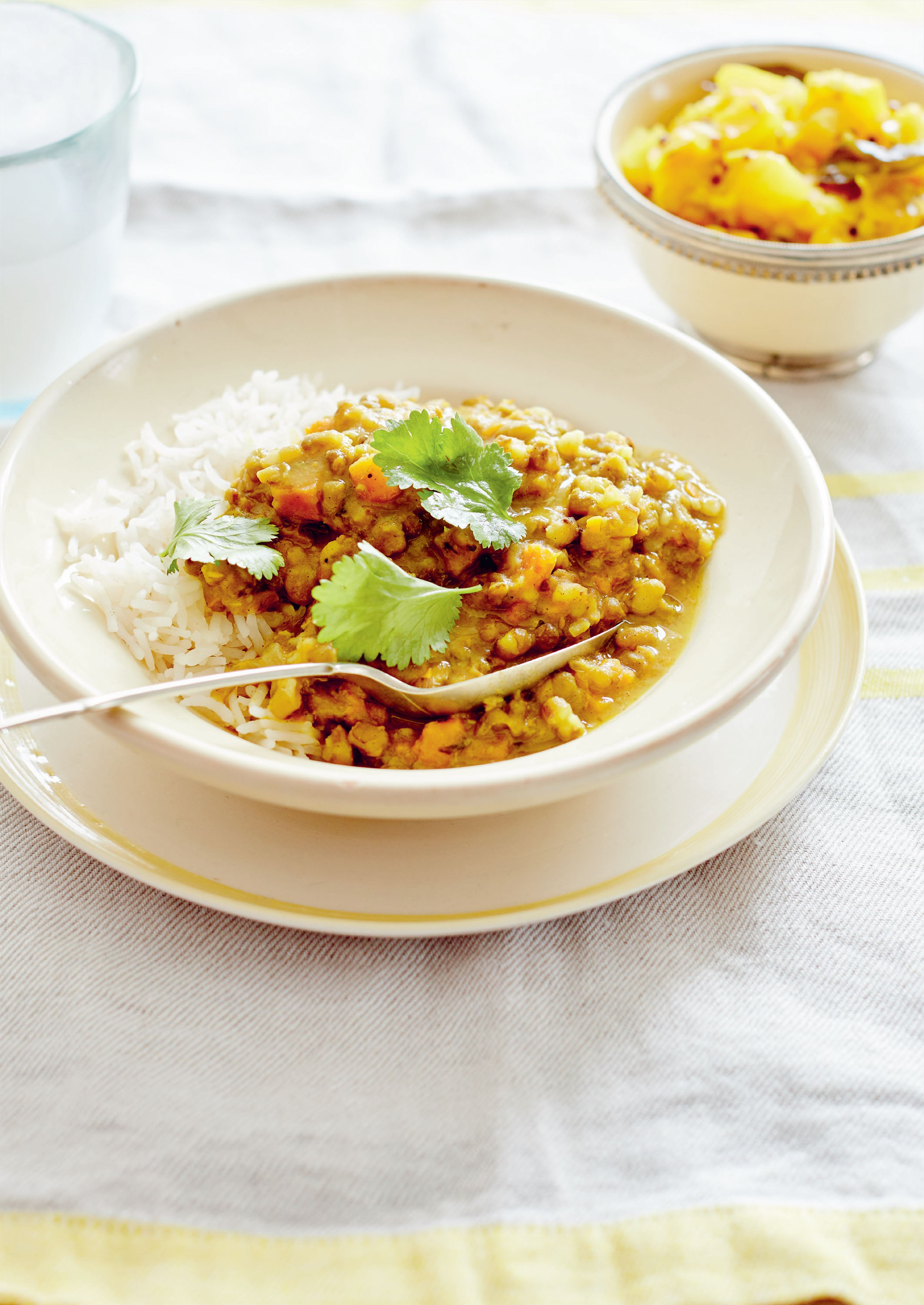 Dal with lemon or lime curry