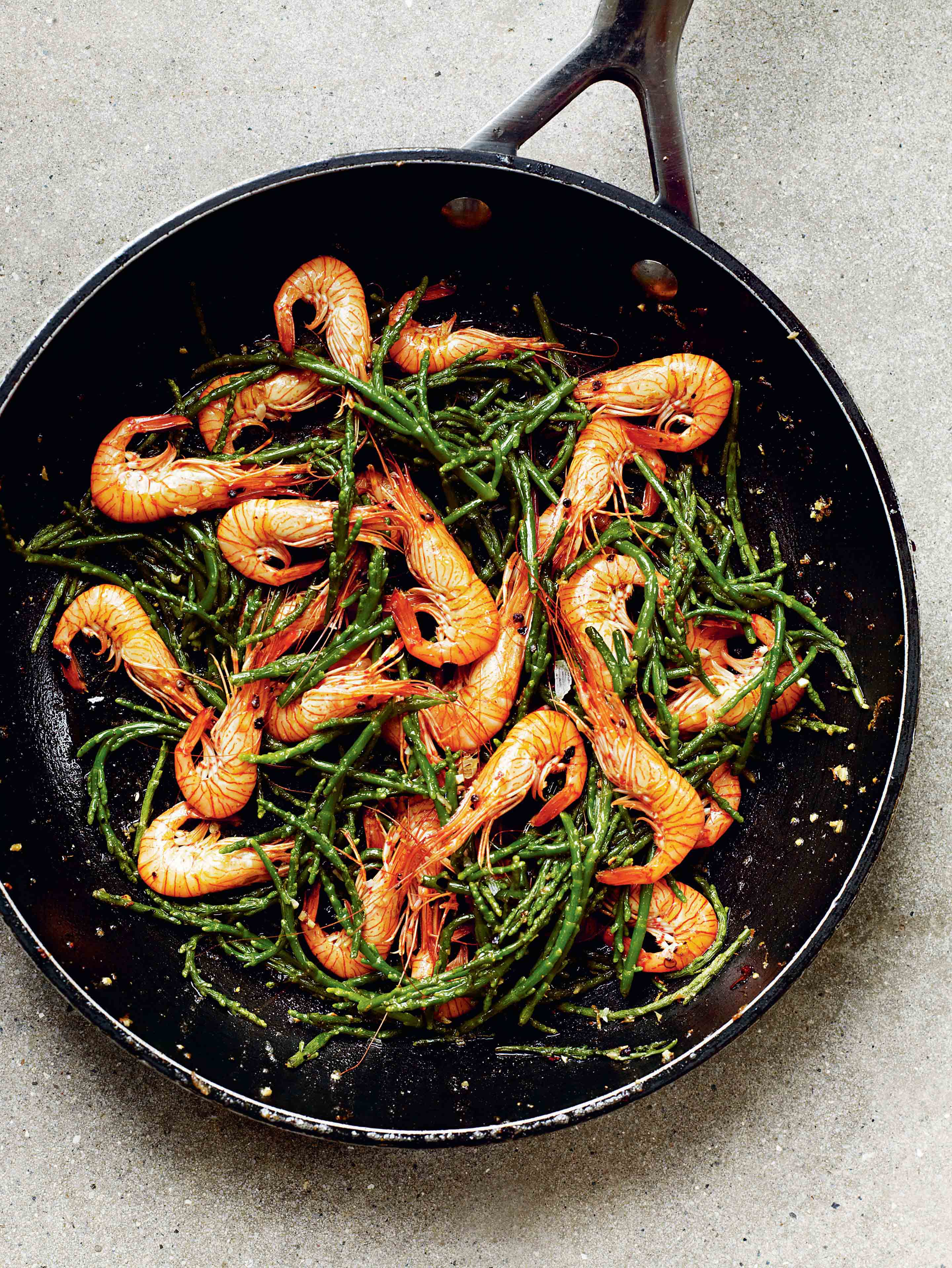 Samphire & prawns with butter & mace