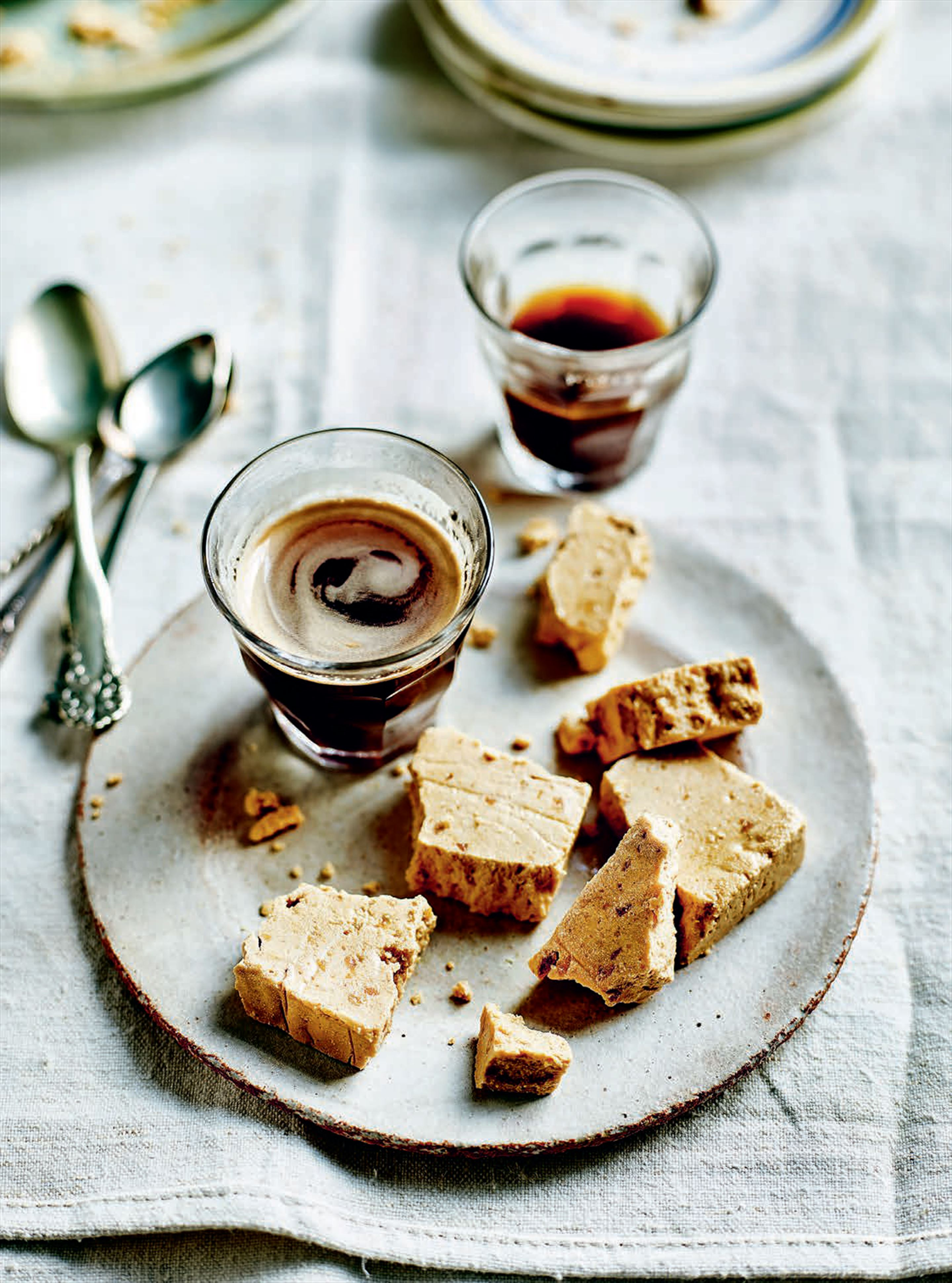 Roasted almond nougat