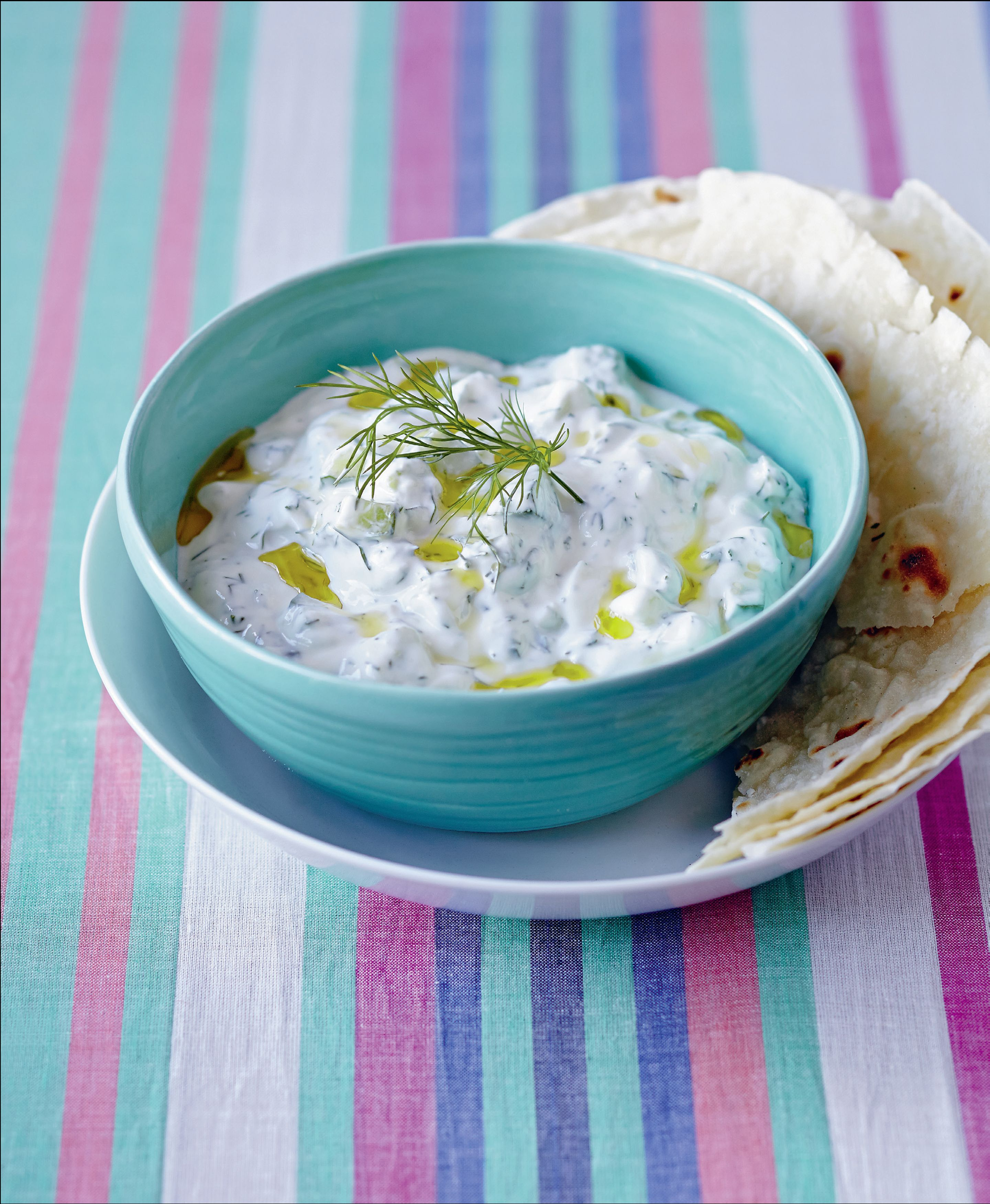 Mint & garlic yoghurt dip