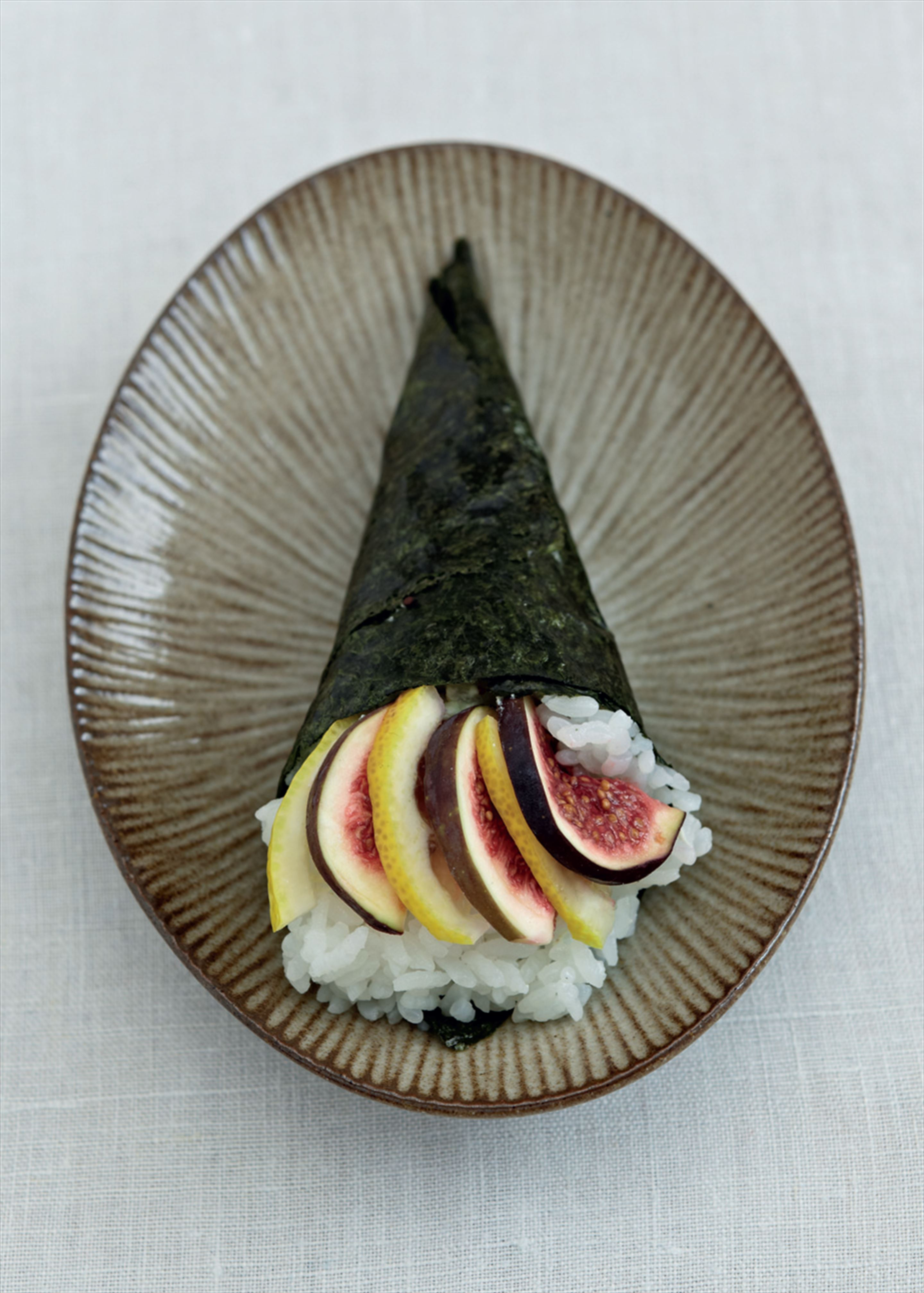Fig surprise hand rolls