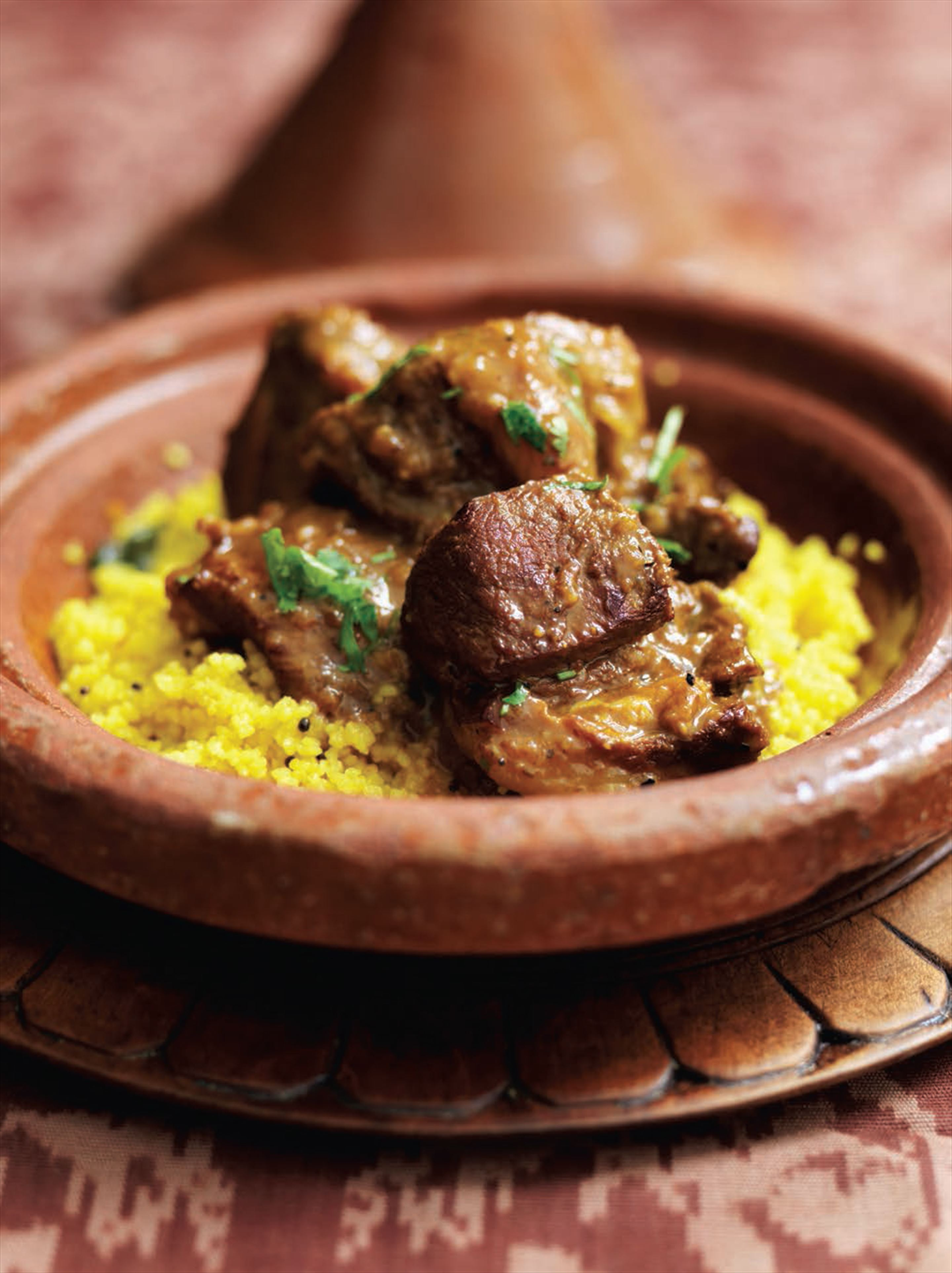 Lamb tagine with apricots and salted almonds (Africa – Morocco)