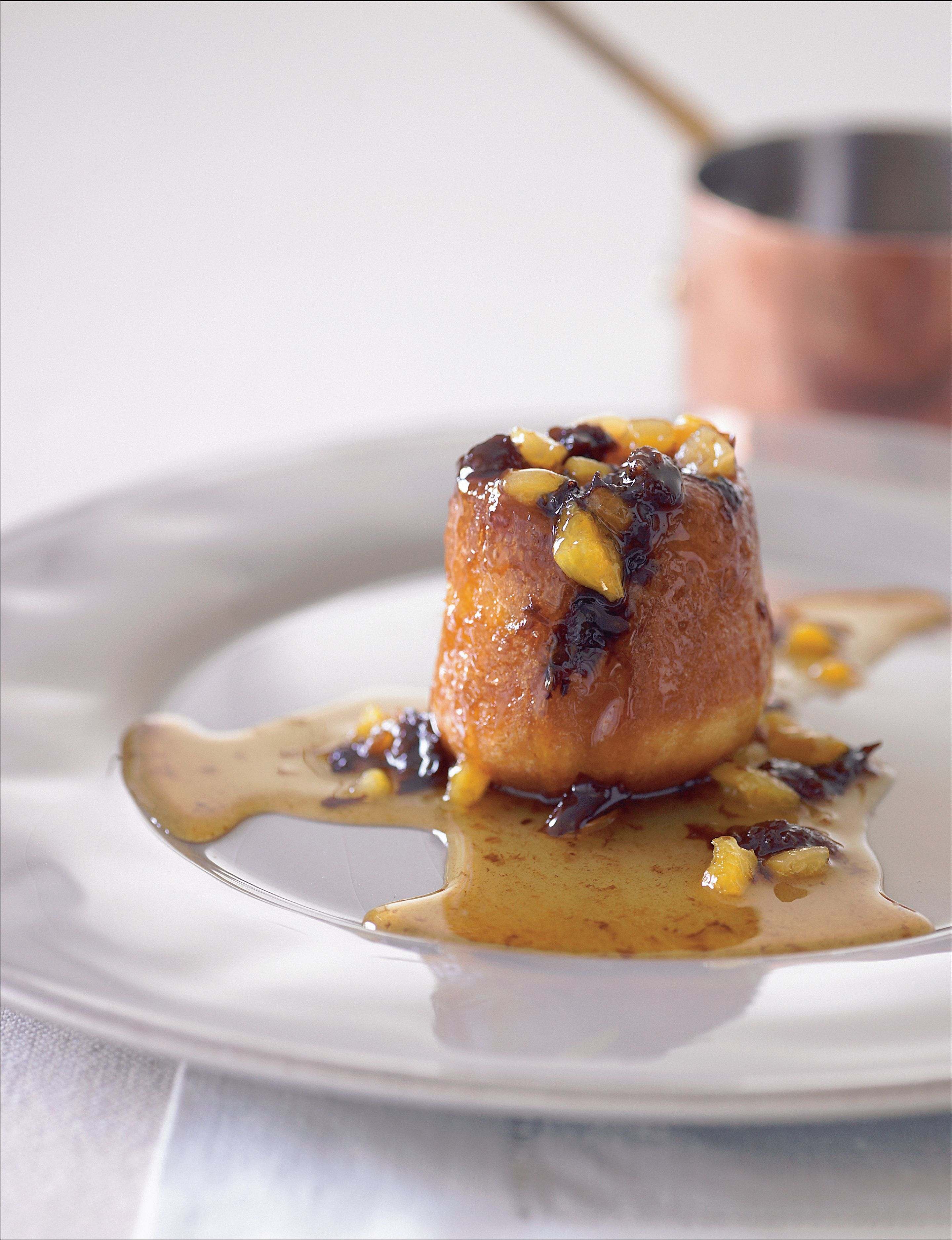 Brioche pudding with candied fruits