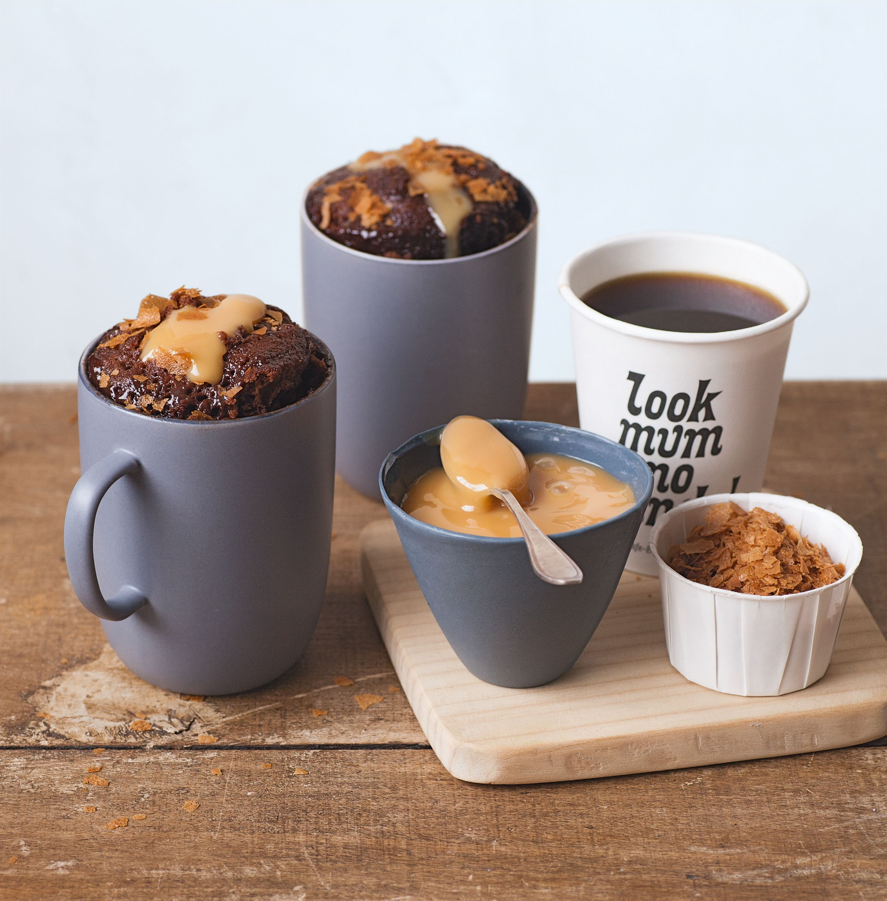 Dulce de leche melt-in-the-middle mug cake