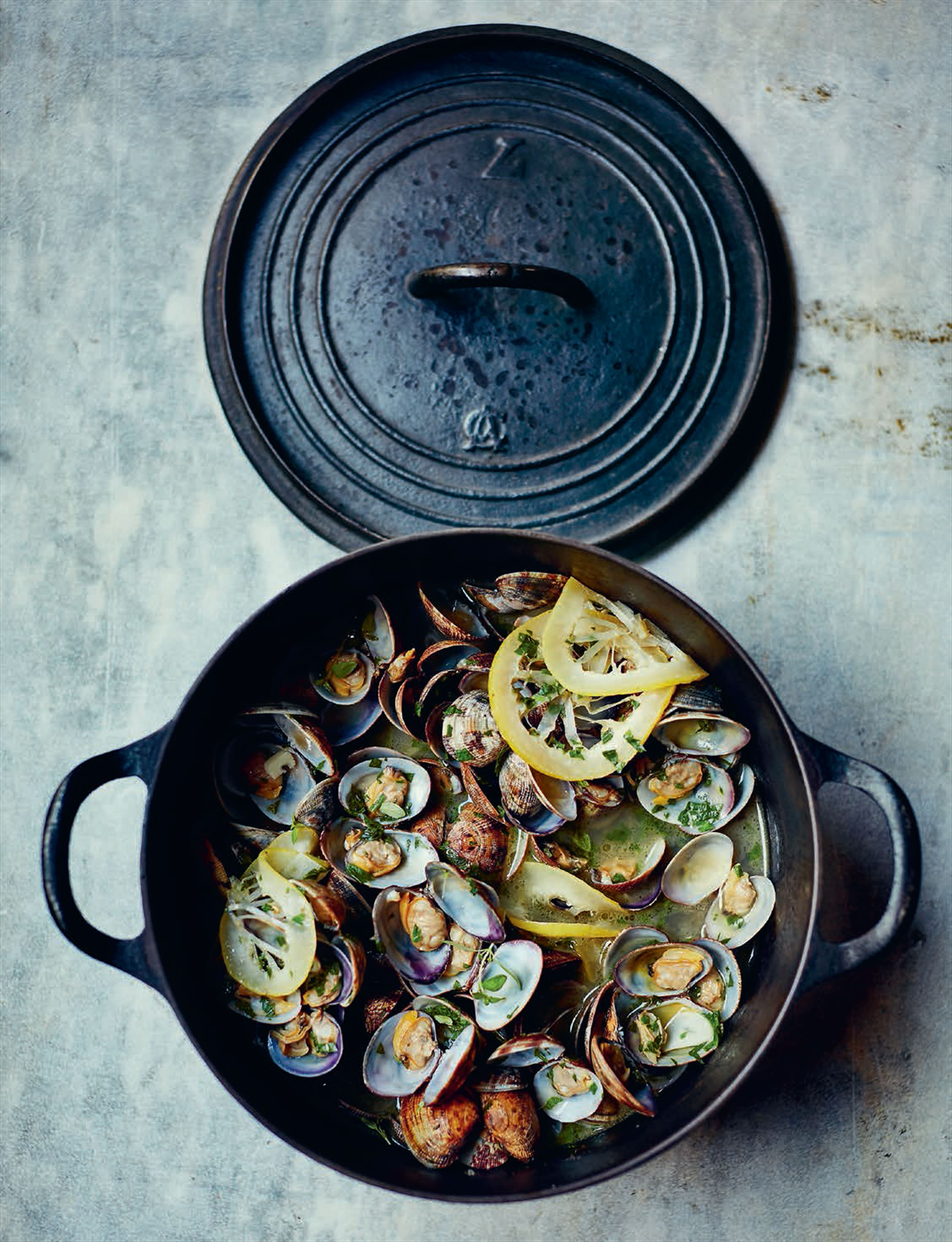 Sautéed clams with garlic, lemon & parsley