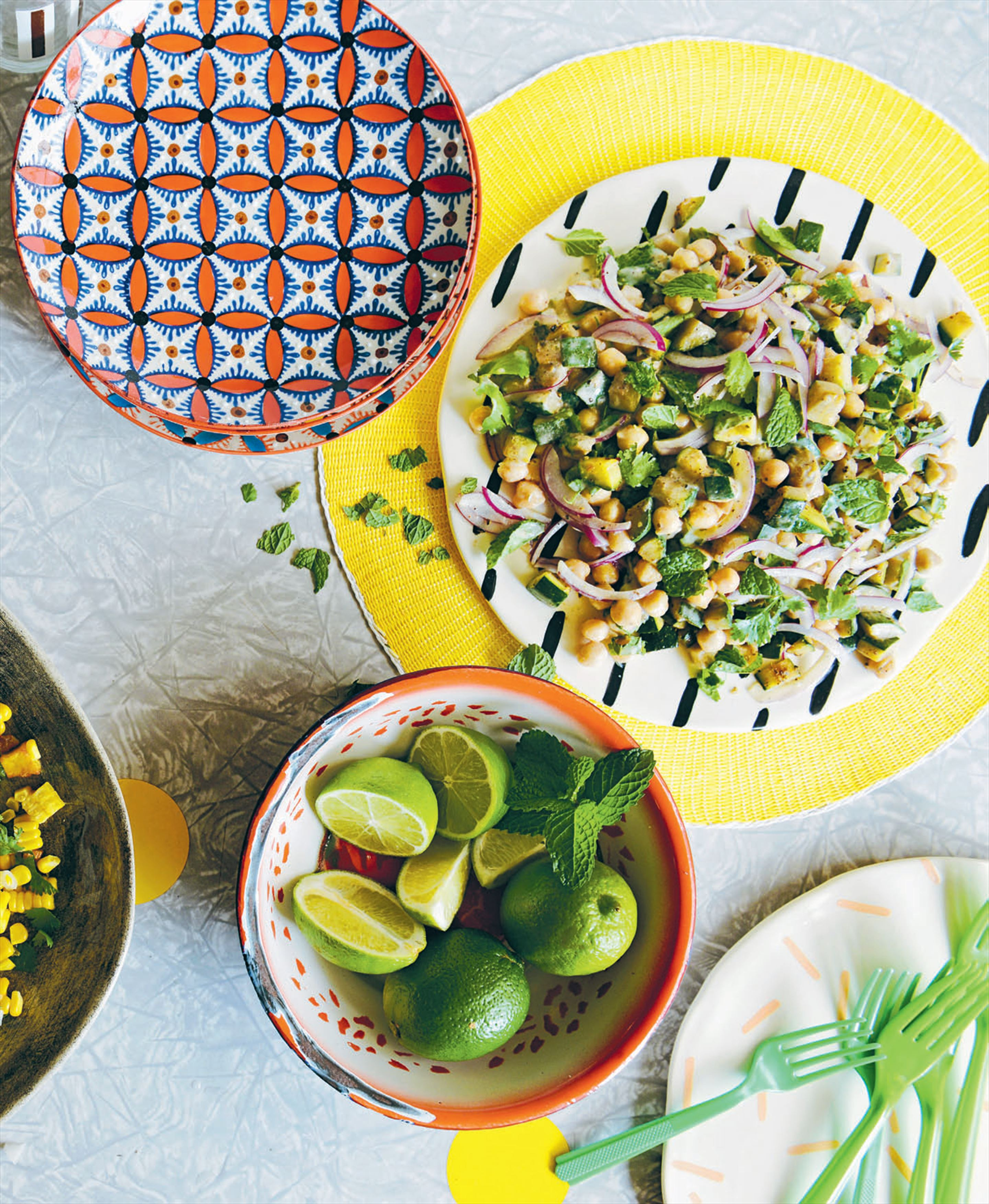Zucchini and chickpea salad
