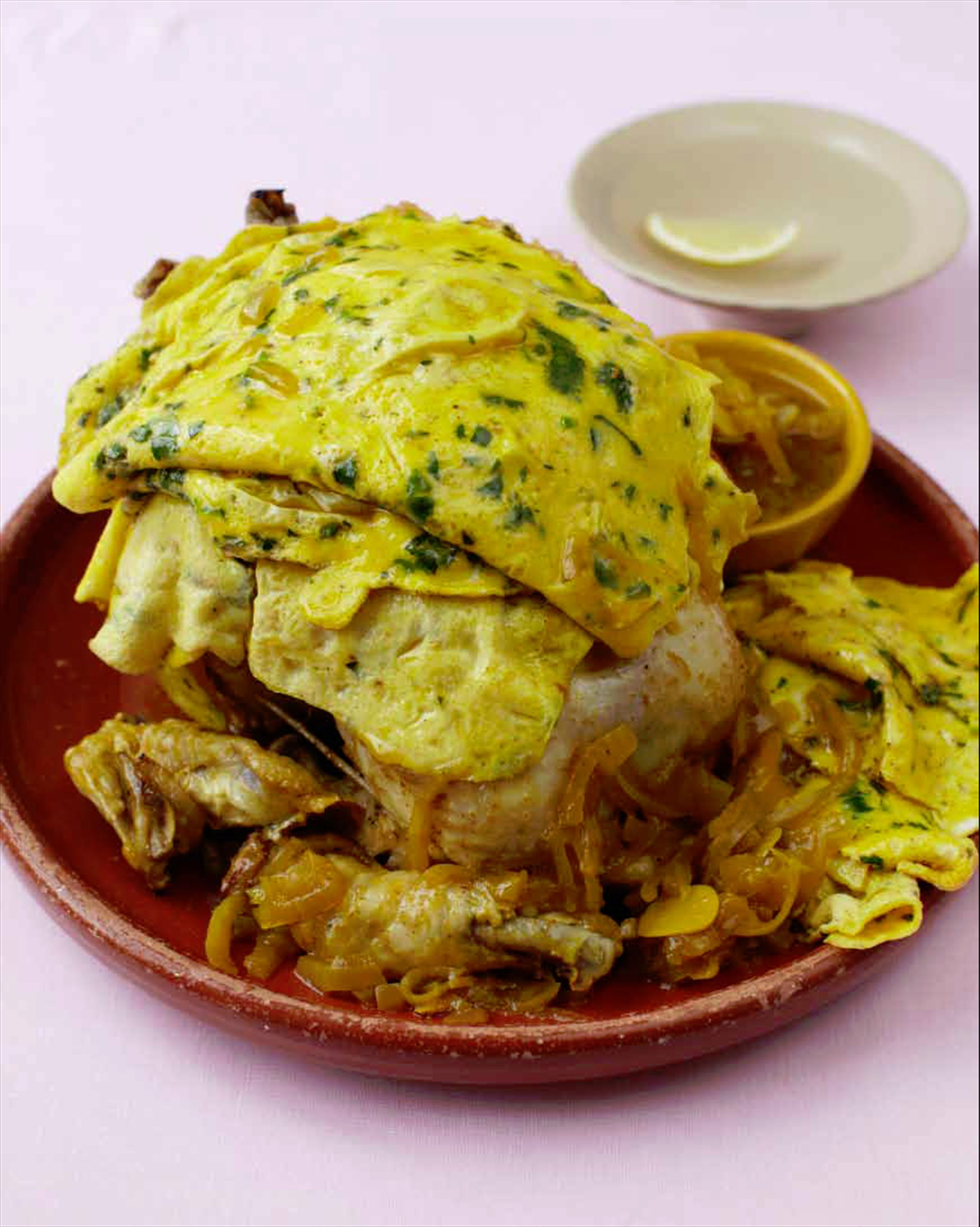 Chicken mefenned with parsley omelettes