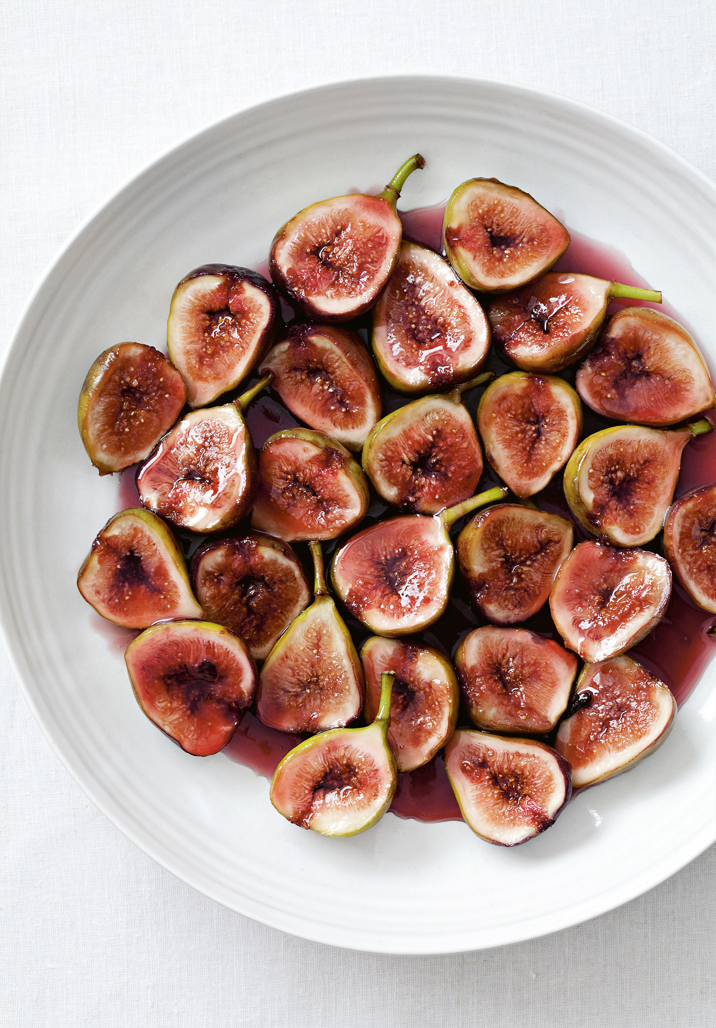 Figs poached in wine