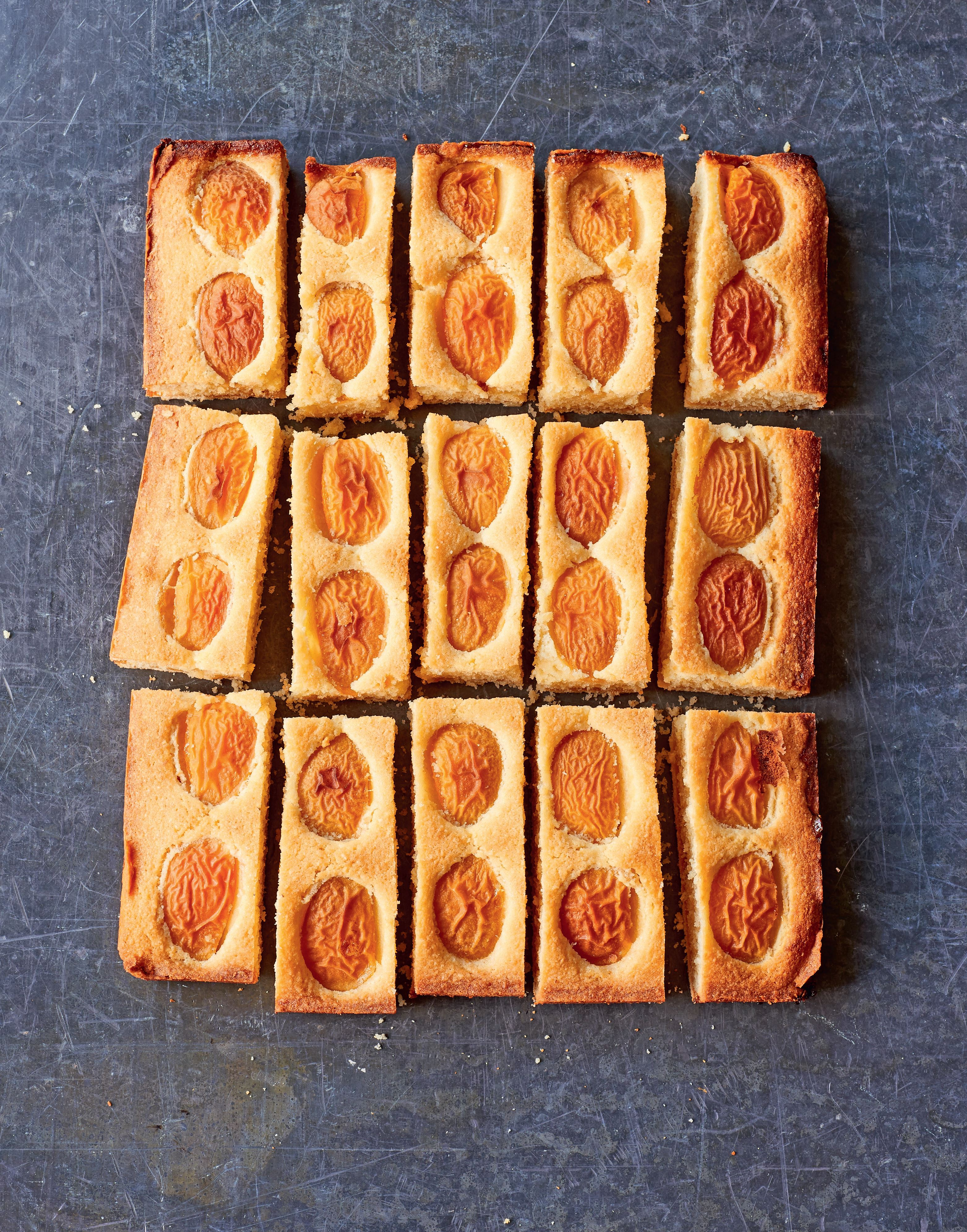 English apricot and almond bake