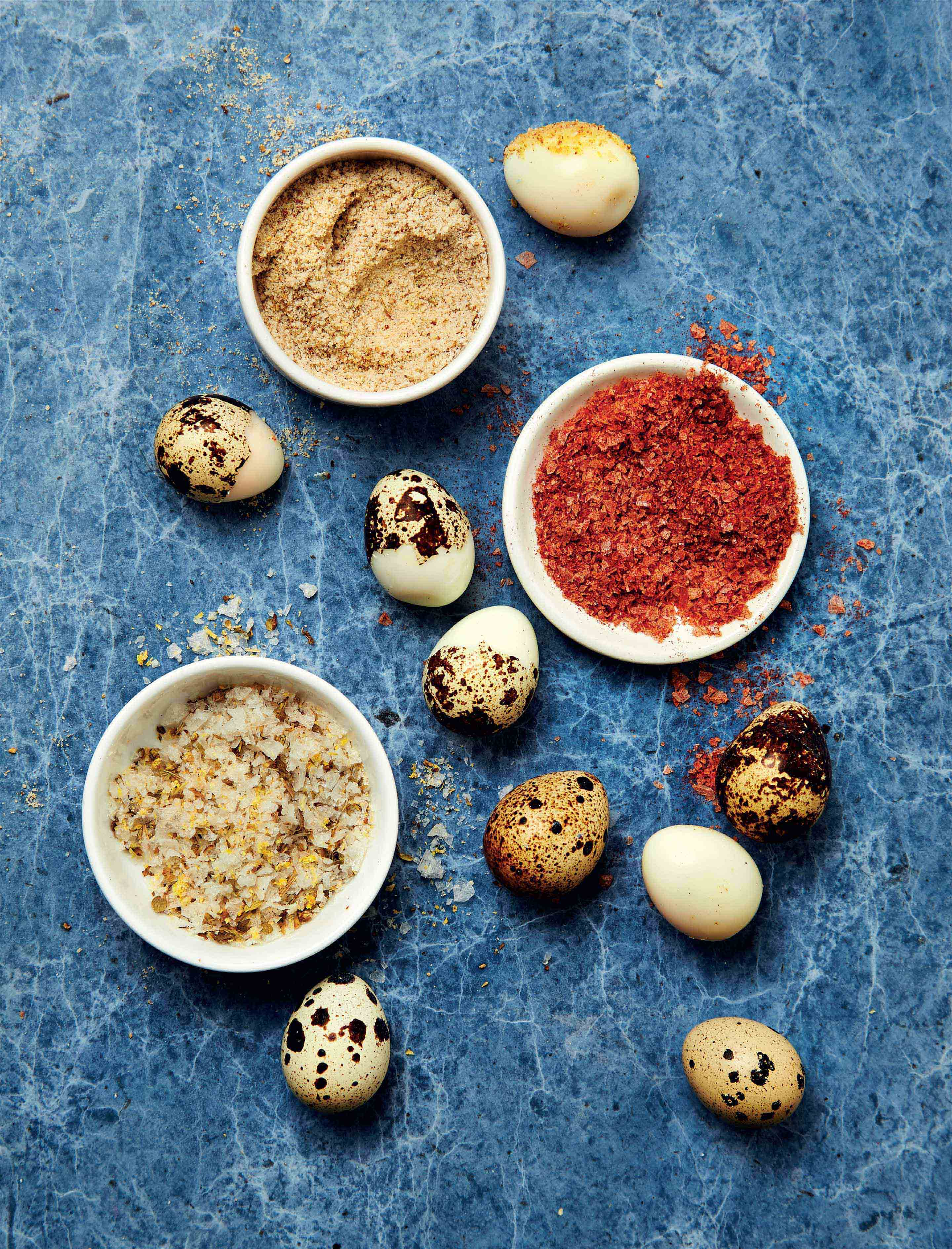 Quail eggs with flavoured salts
