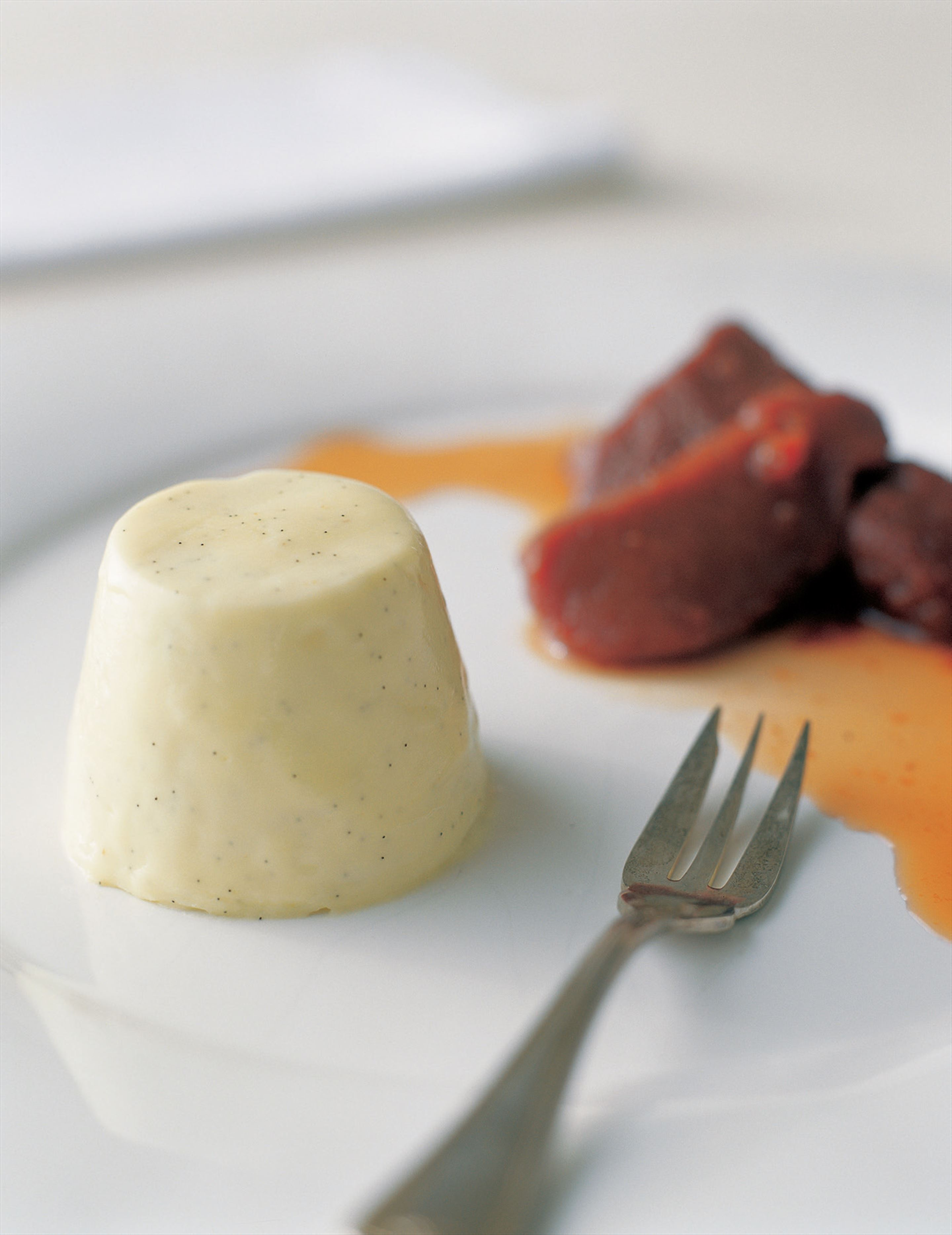 Panna cotta with gorgonzola and honey