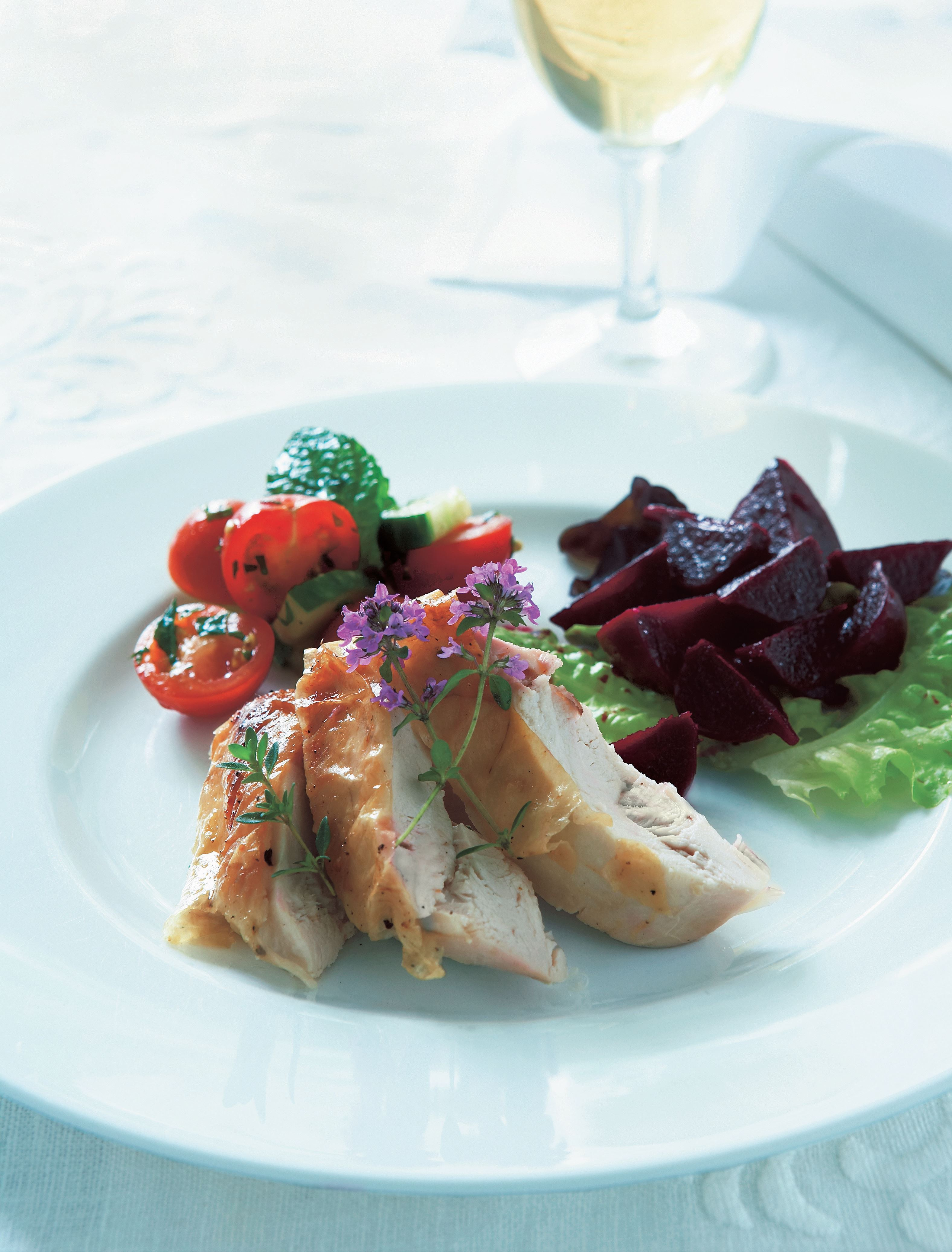 Lightly salted chicken with tomato-mint salad and beetroot salad