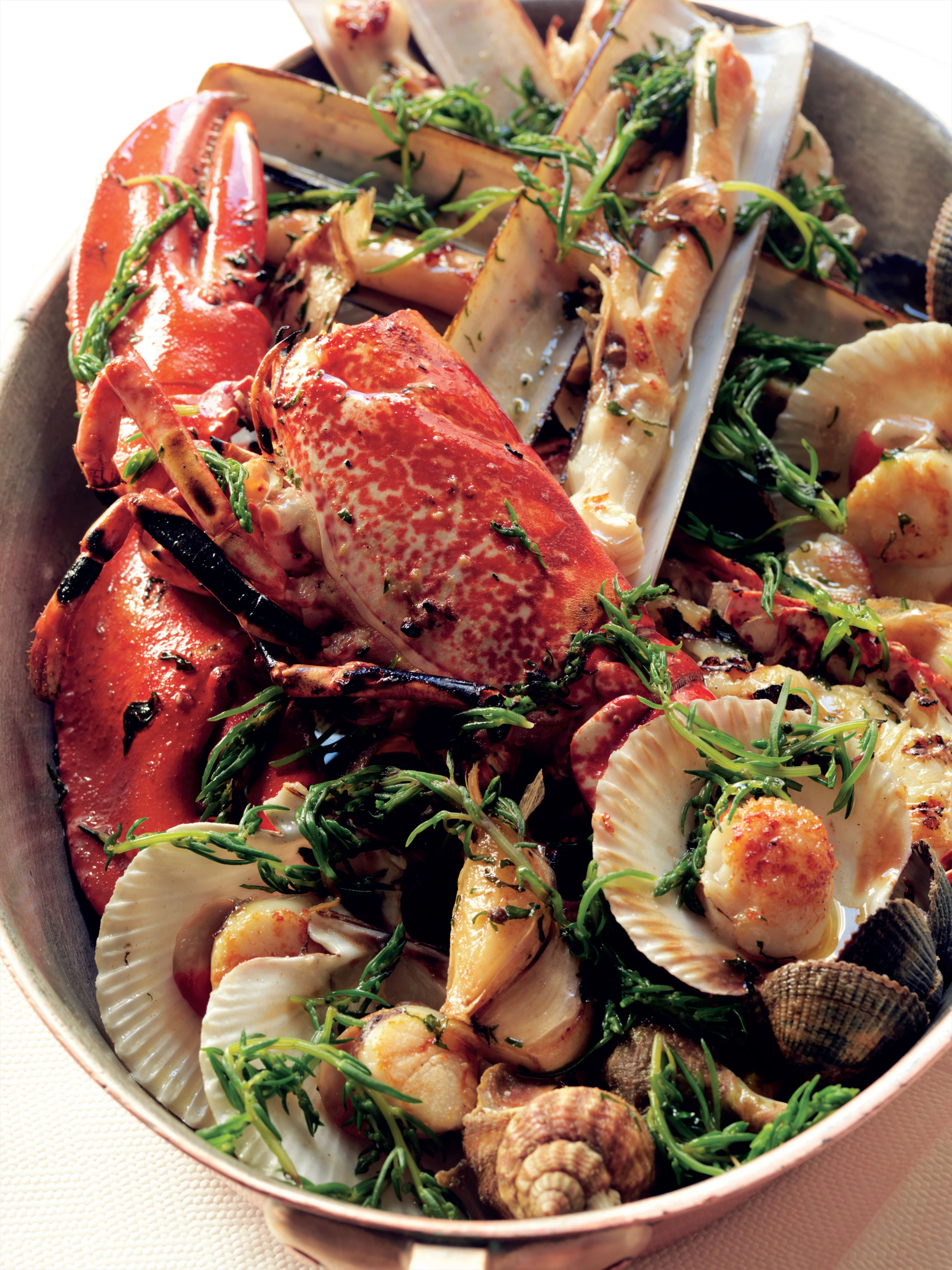 Roasted mixed shellfish