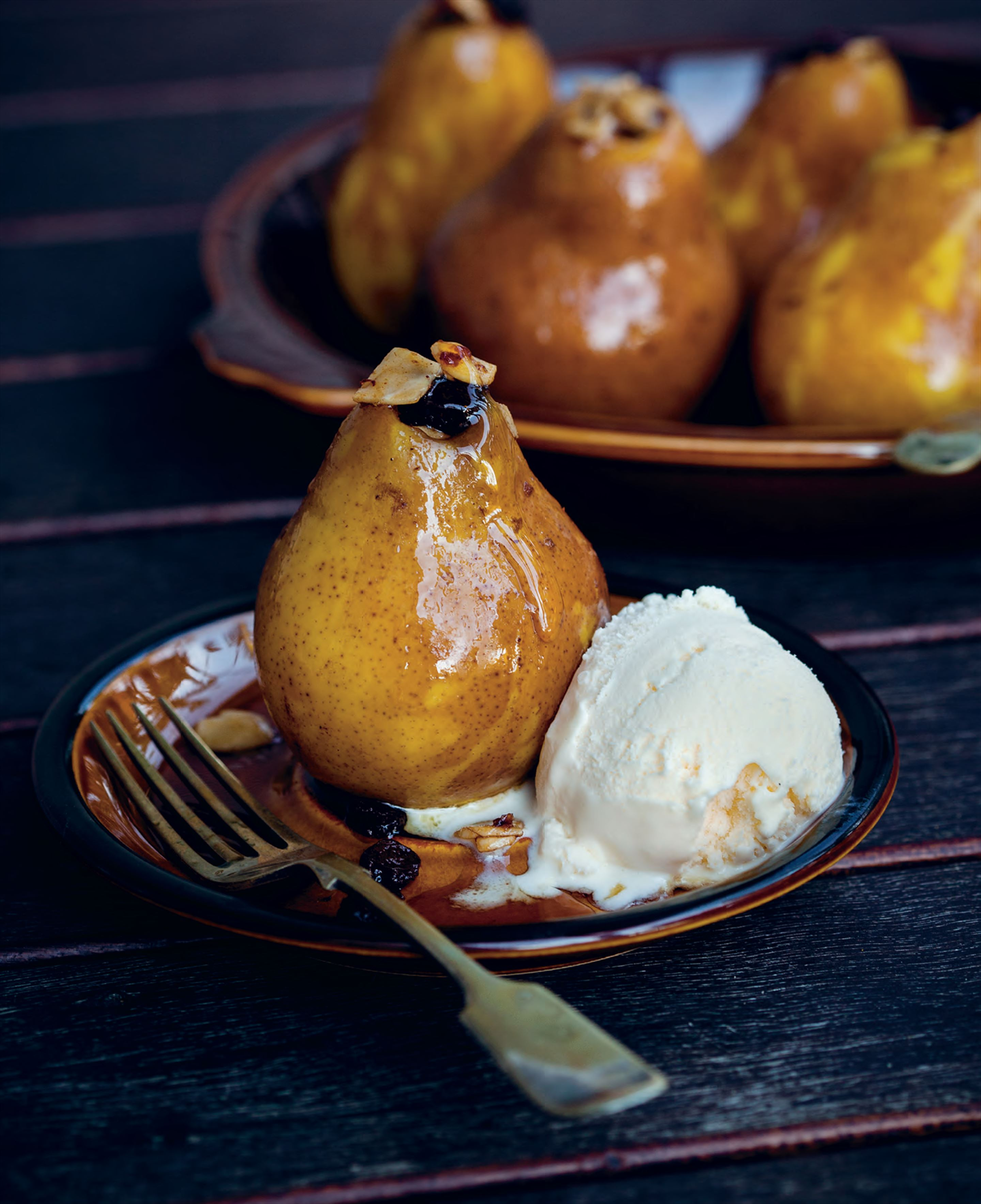 Baked pears and apples