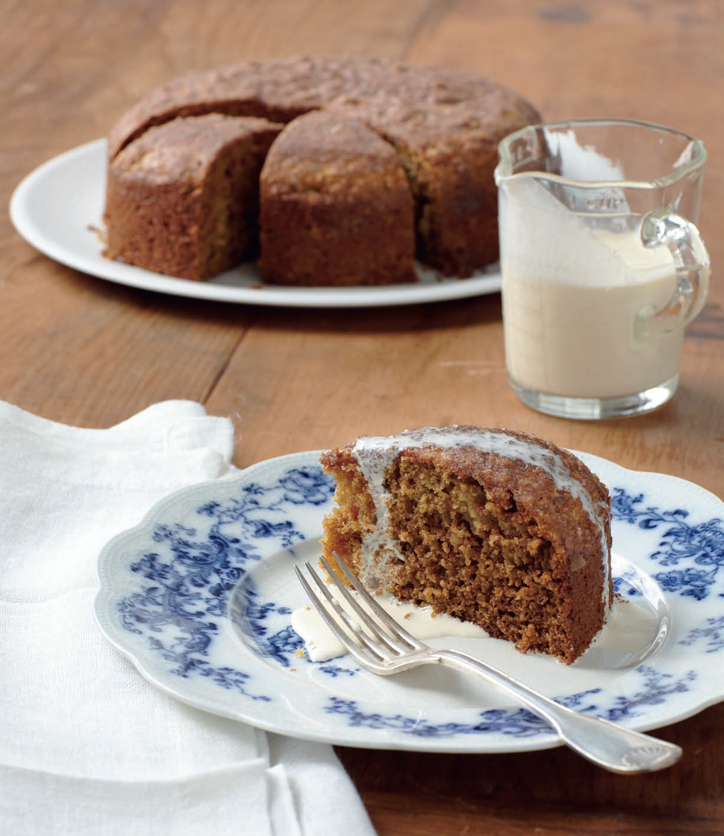 Honey tea cake