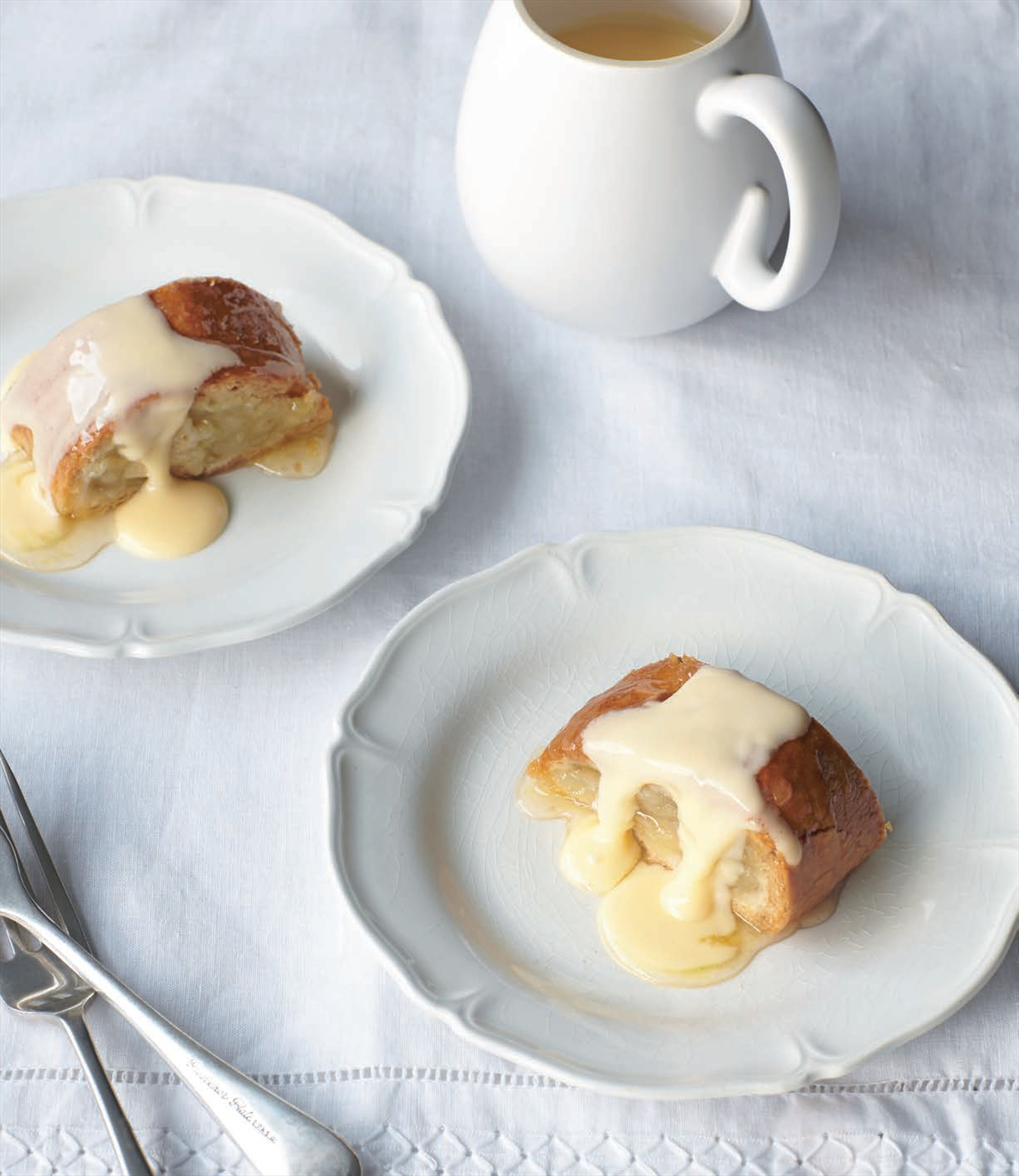 Baked apple roly-poly