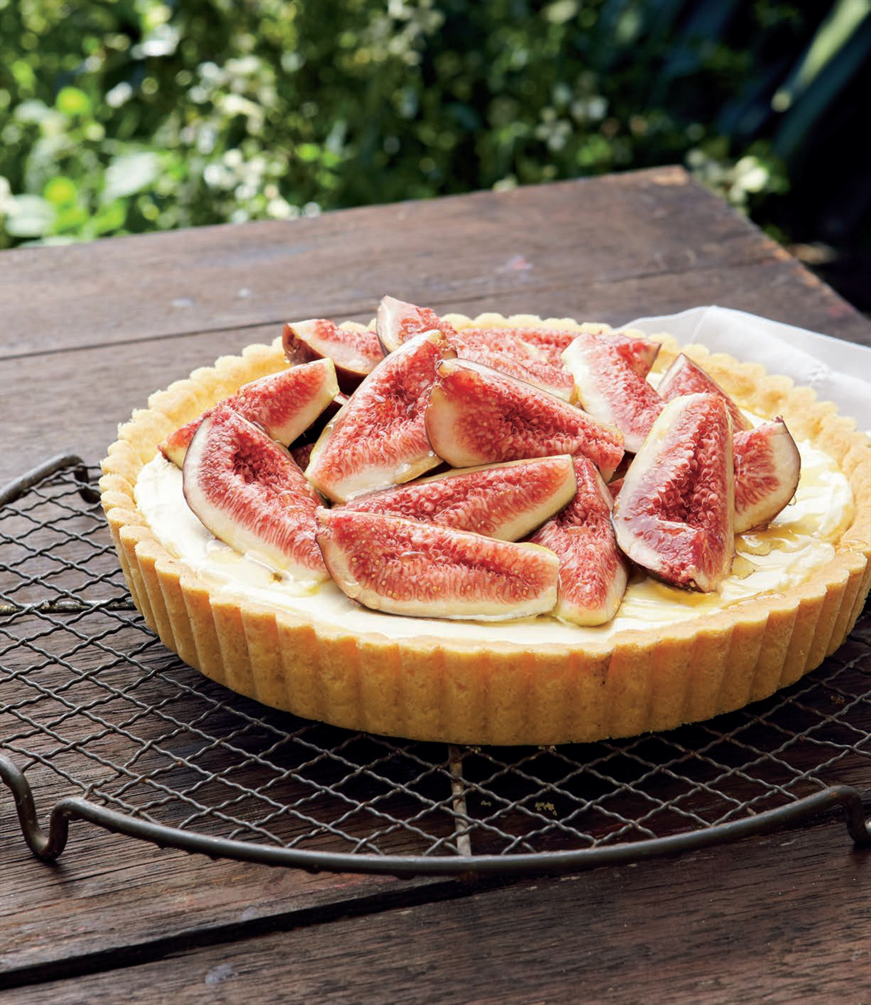 Fresh fig & mascarpone tart