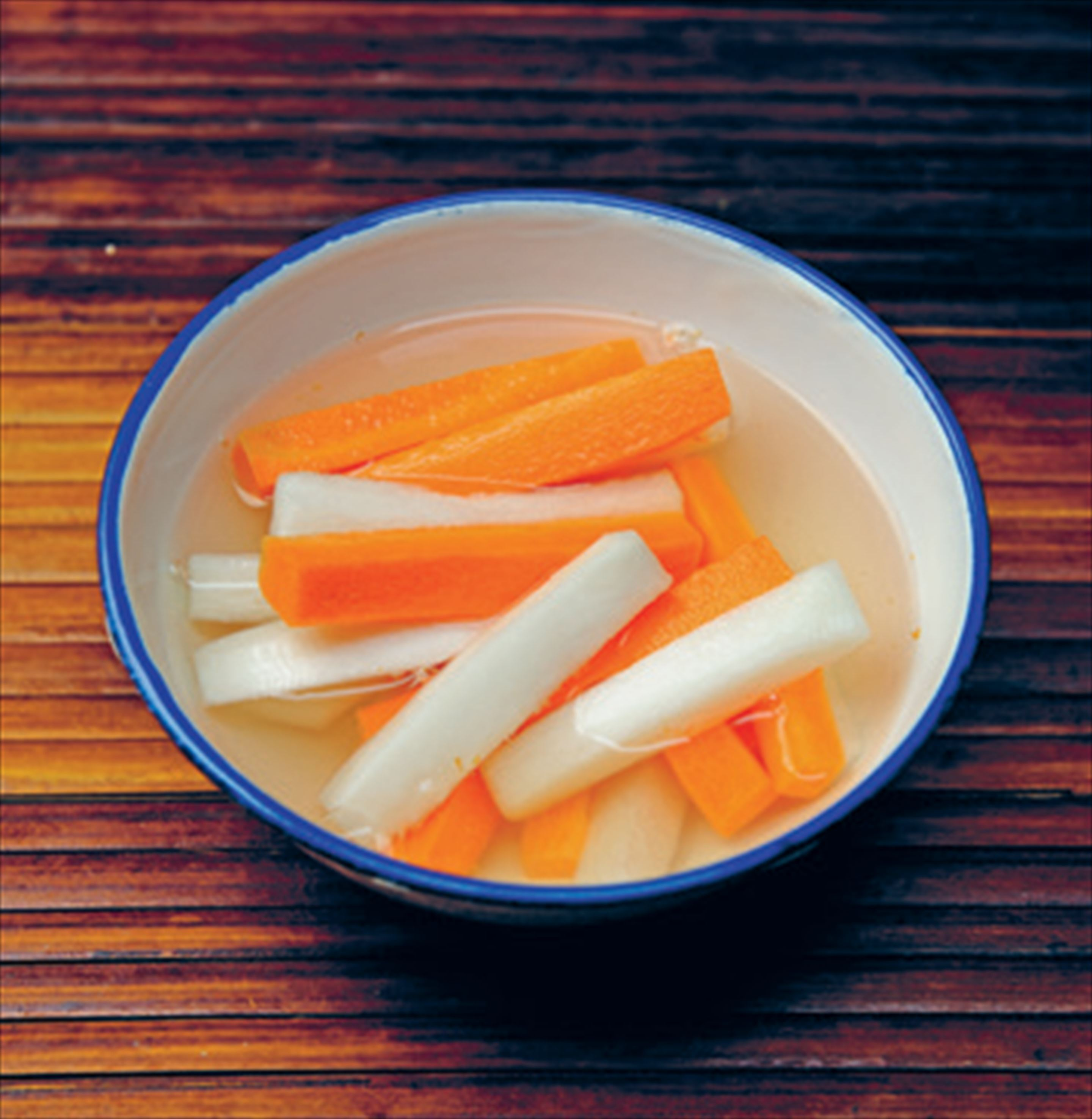Carrot and daikon pickle