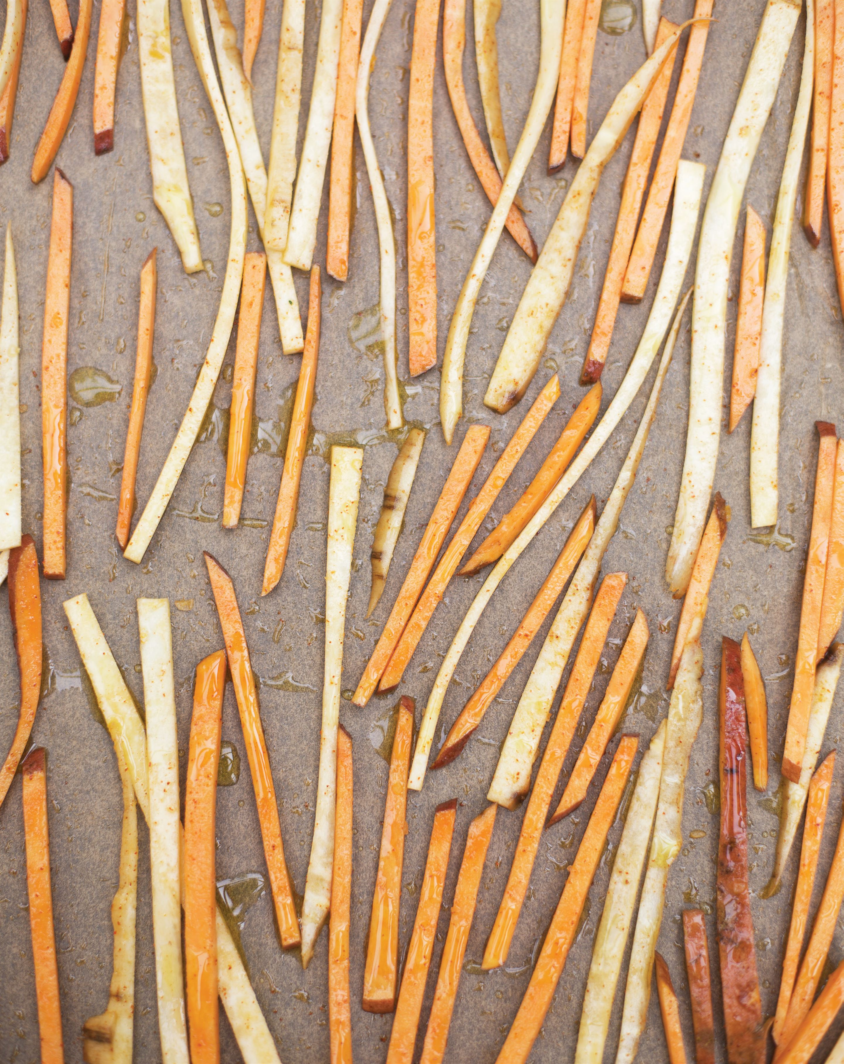 Spicy skinny root sticks