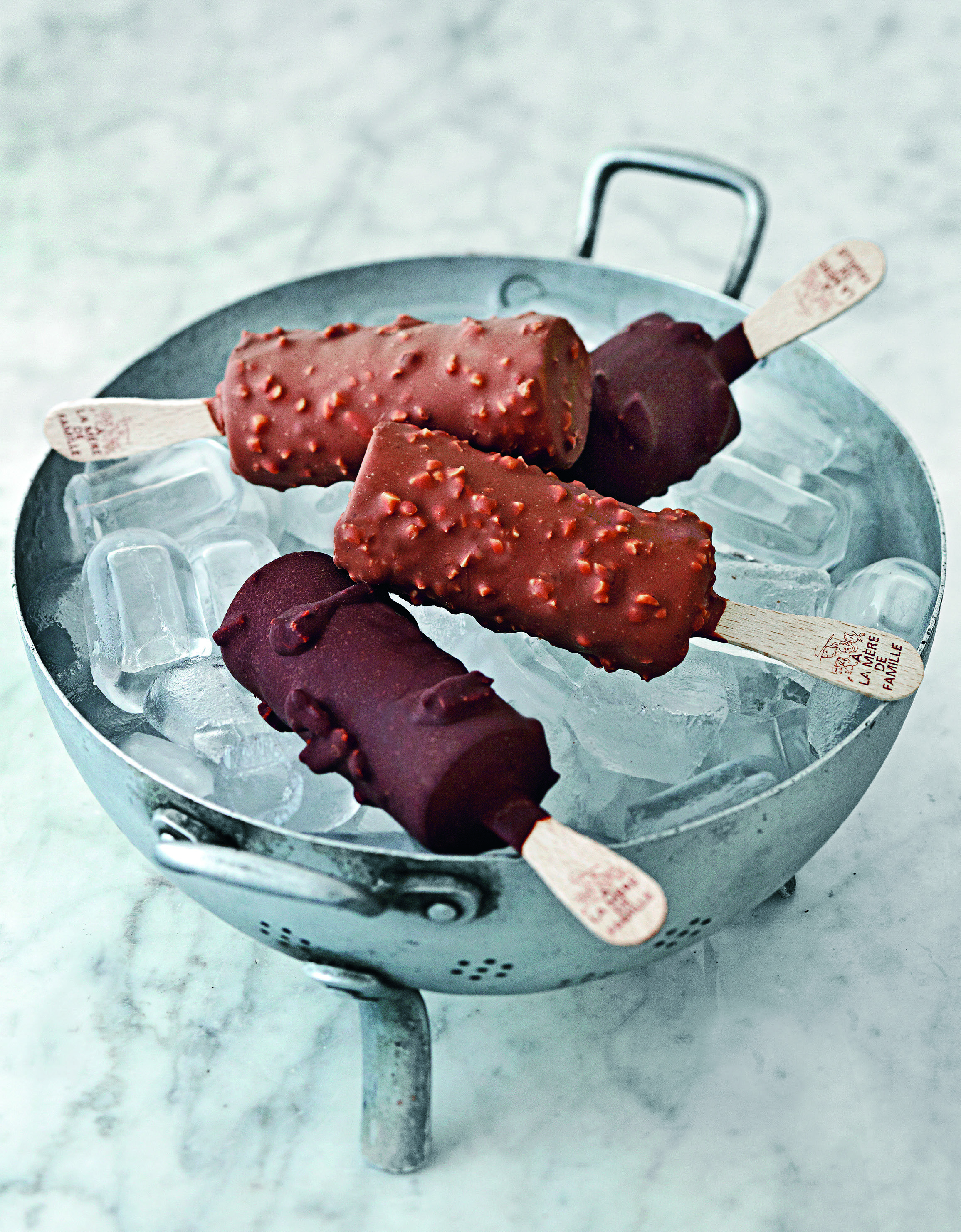 Chocolate–caramel popsicles