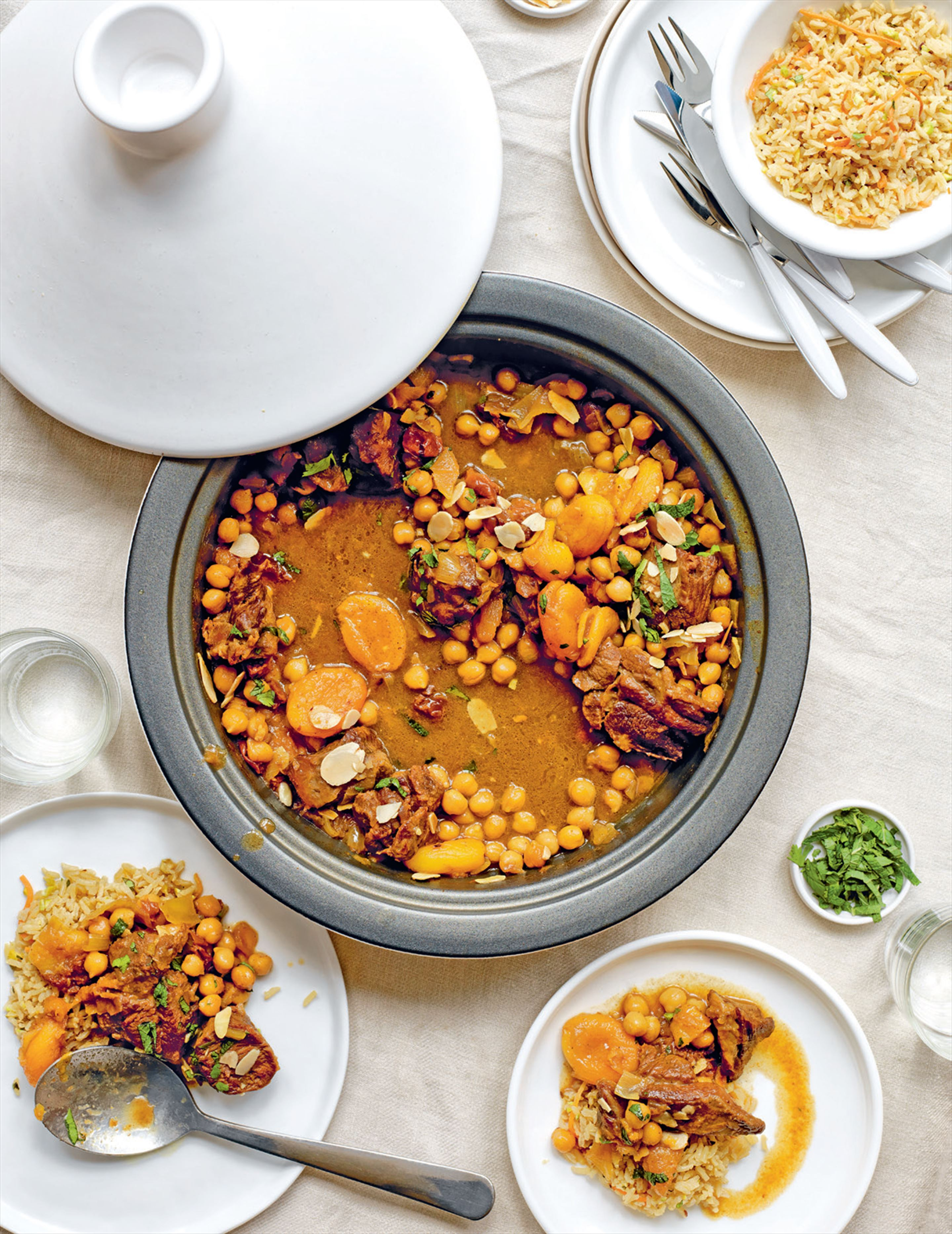 Tagine of lamb with chickpeas, apricots, saffron & honey