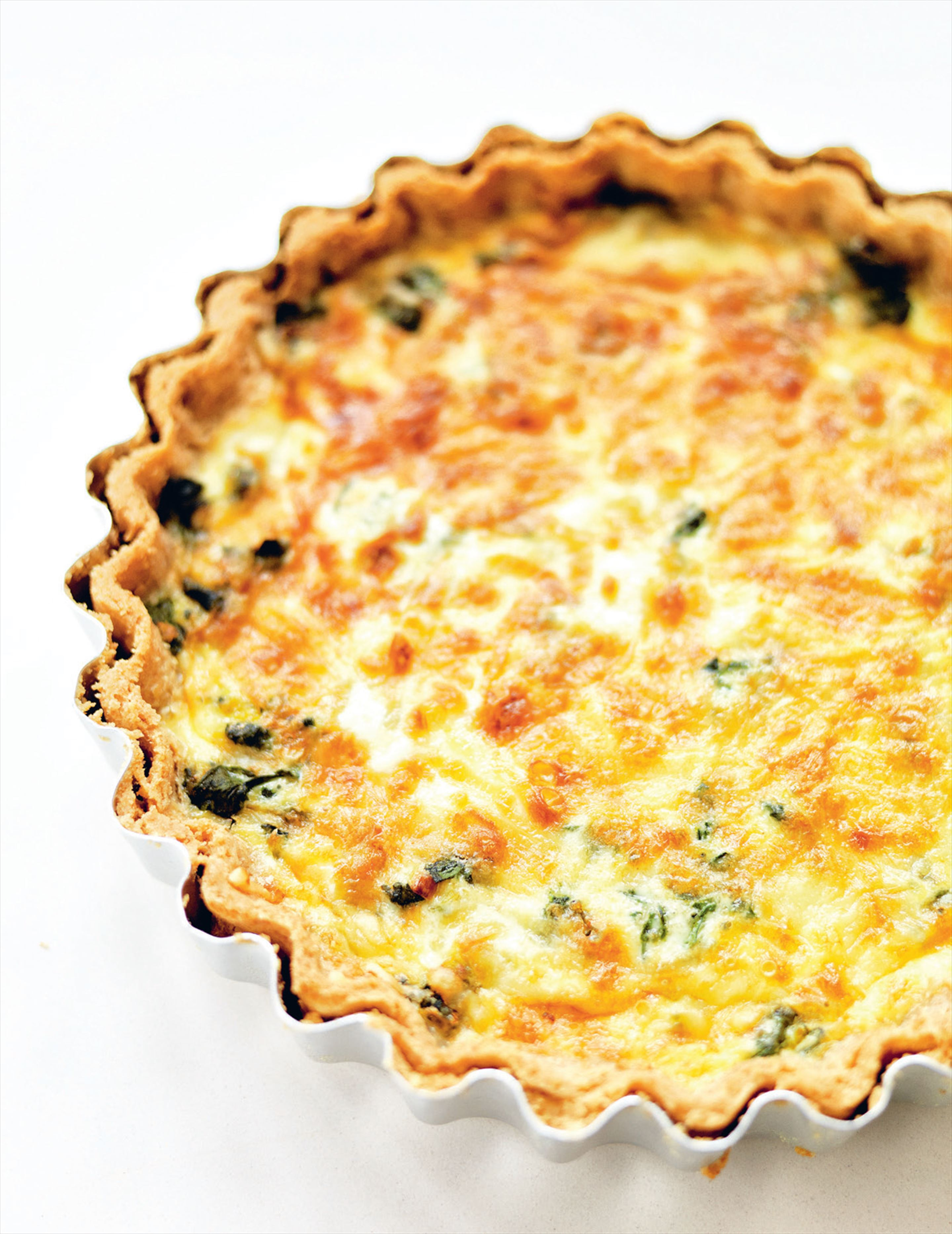 Leek, spinach & gruyère tart with spelt pastry