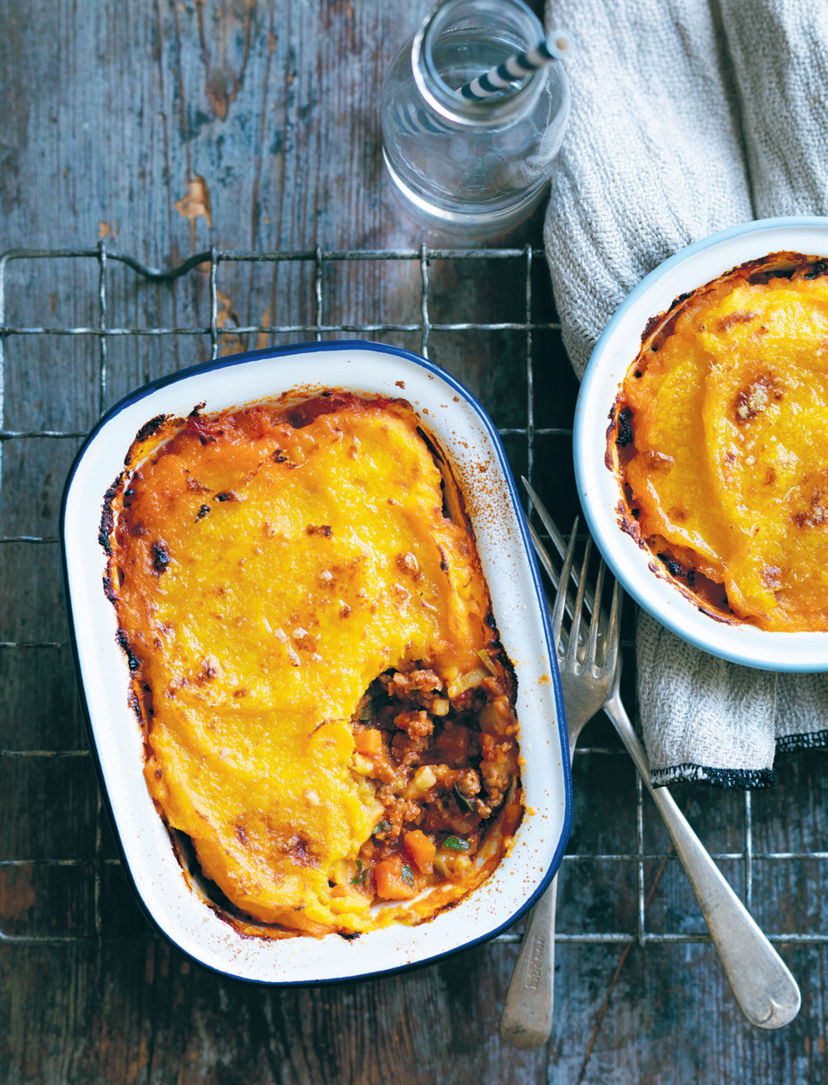 Shepherd's pie with parsnip and pumpkin topping