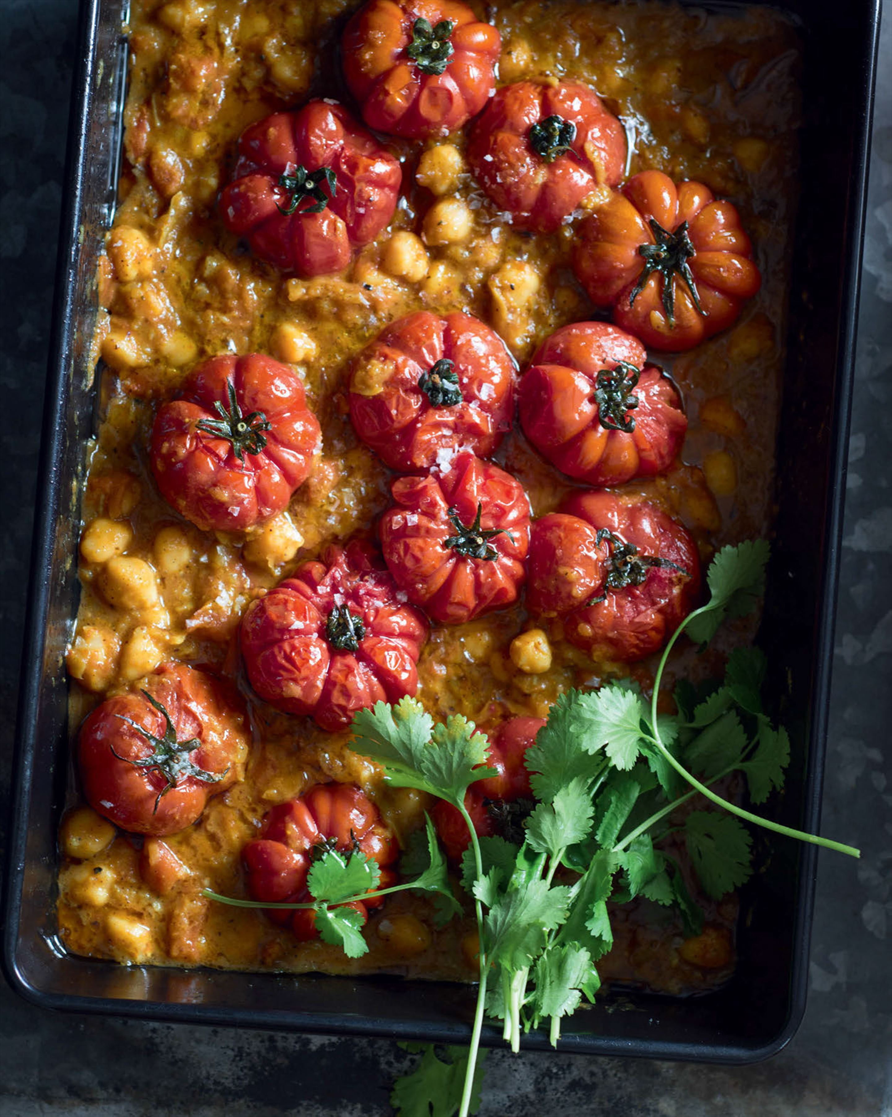 Roasted tomato & chickpea curry with coconut & coriander