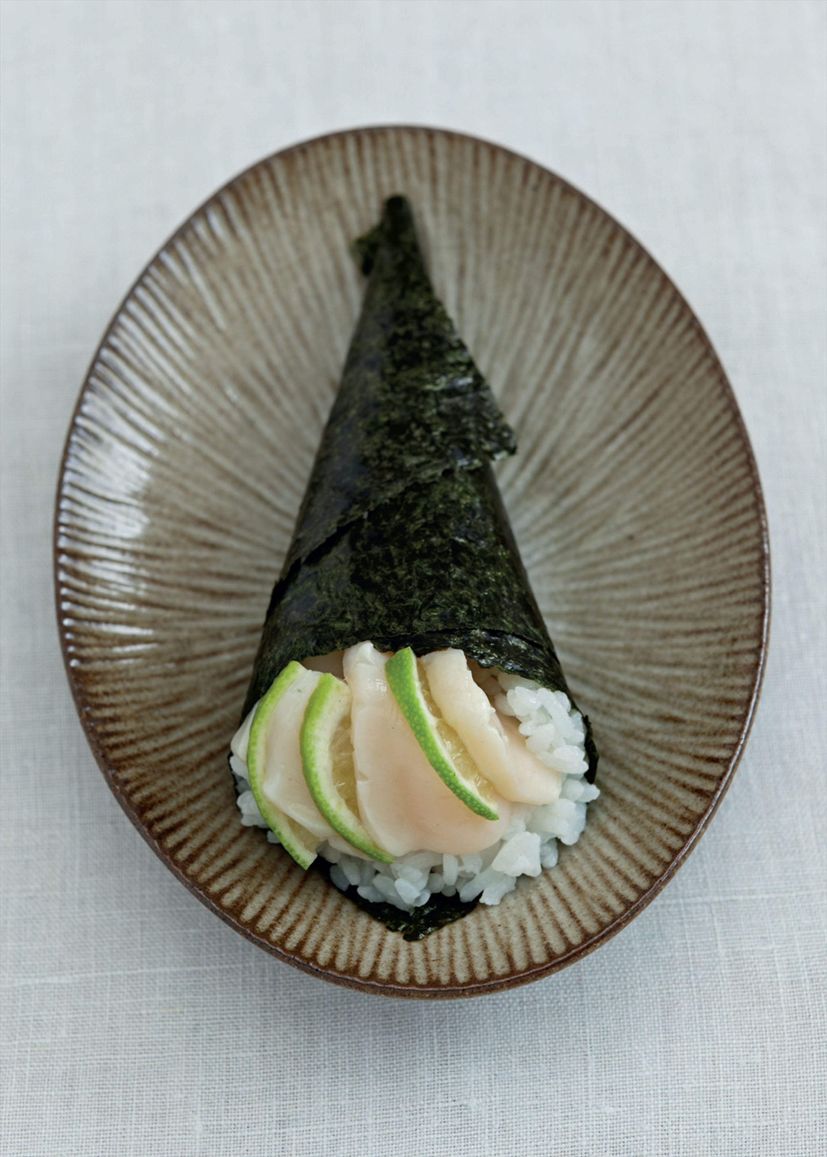 Hint of lime hand roll